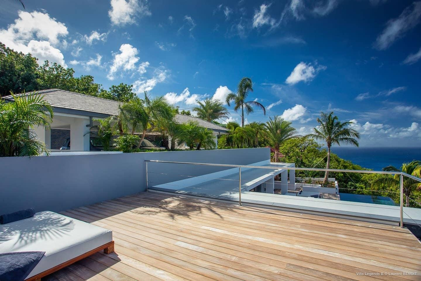Outstanding Deluxe Villa with Spectacular Ocean Views