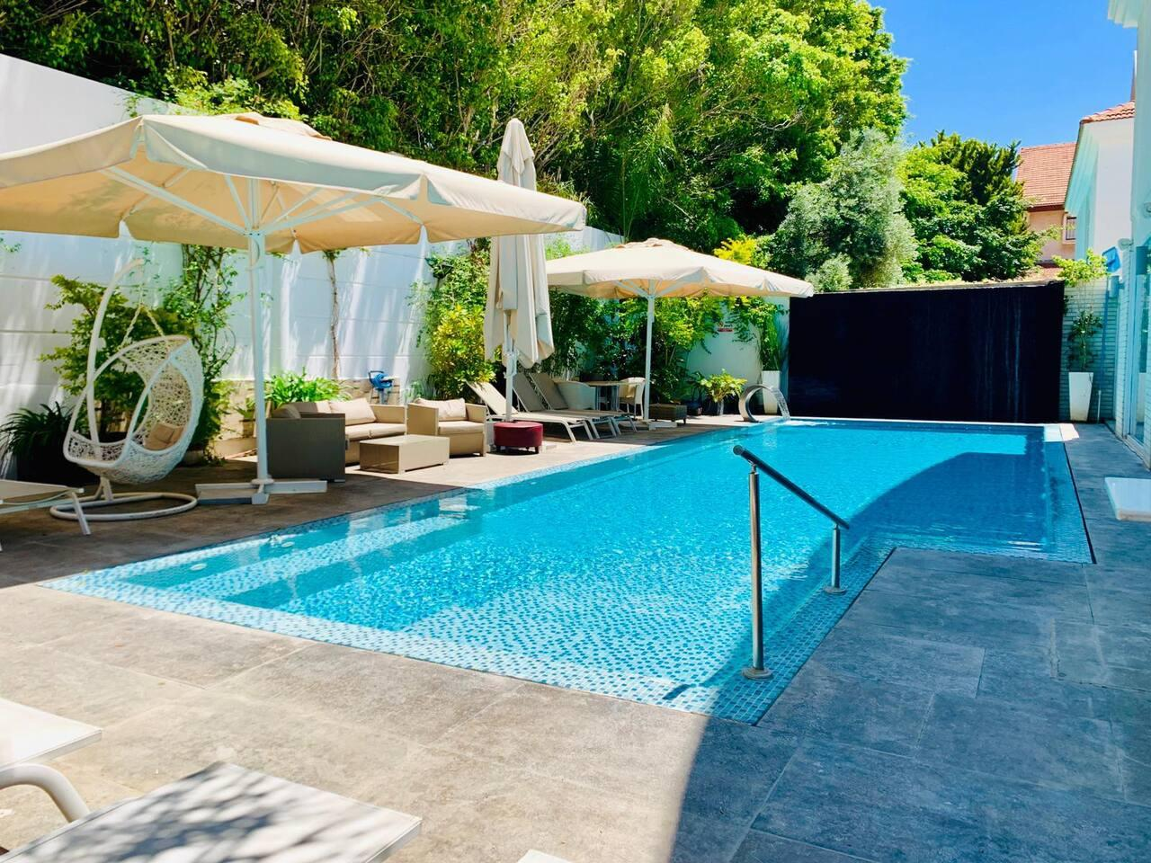 Property Image 1 - Outstanding Villa with Heated Swimming Pool