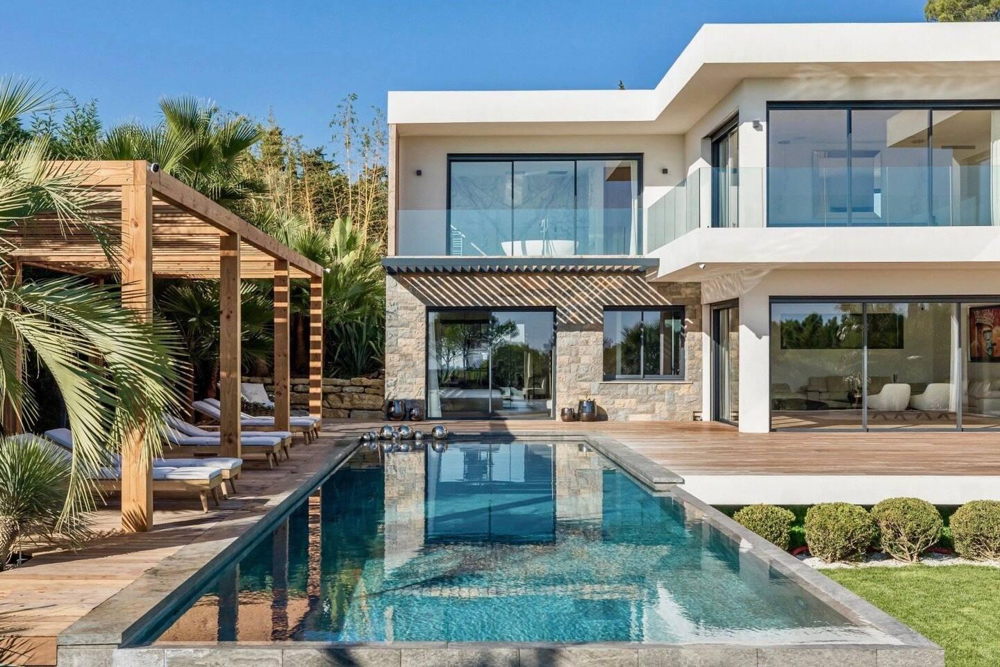 New Incredible Villa in Mougins District