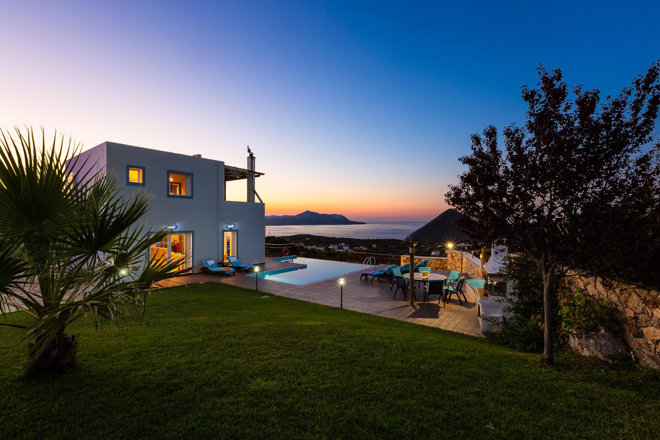 Property Image 2 - Modern villa with breathtaking sea views