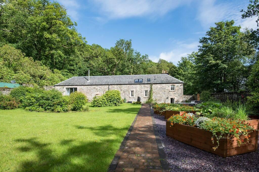 Property Image 2 - Estate of Elegance with Stunning Views of Lock Lomond