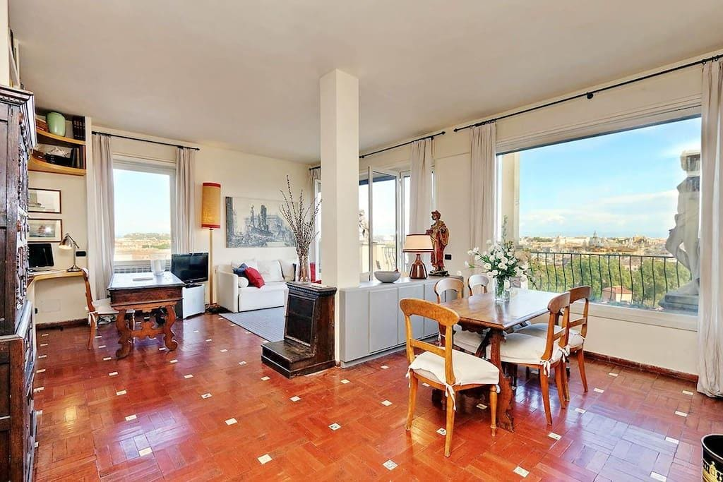 Property Image 2 - Romantic apartment with the best views of Rome