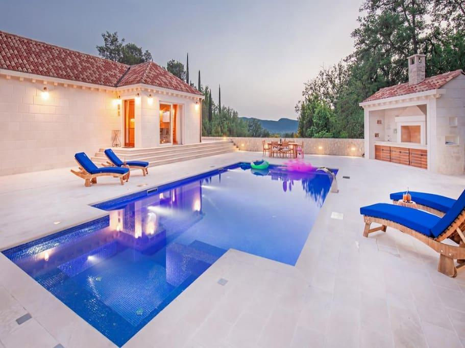 Property Image 1 - Gruda's Relaxing Grounds Villa with Garden Views