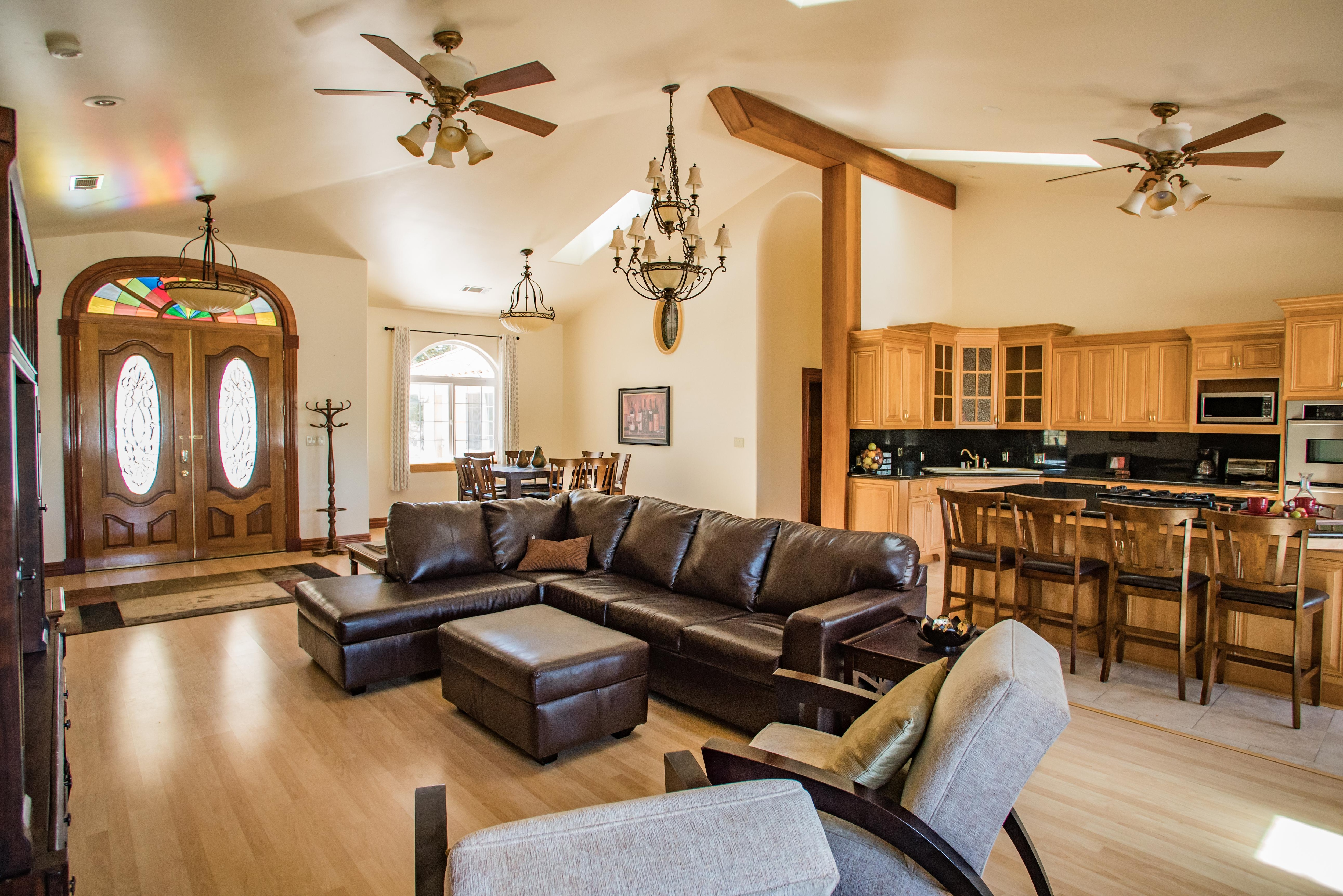 Property Image 1 - Large Family Home in Vineyard