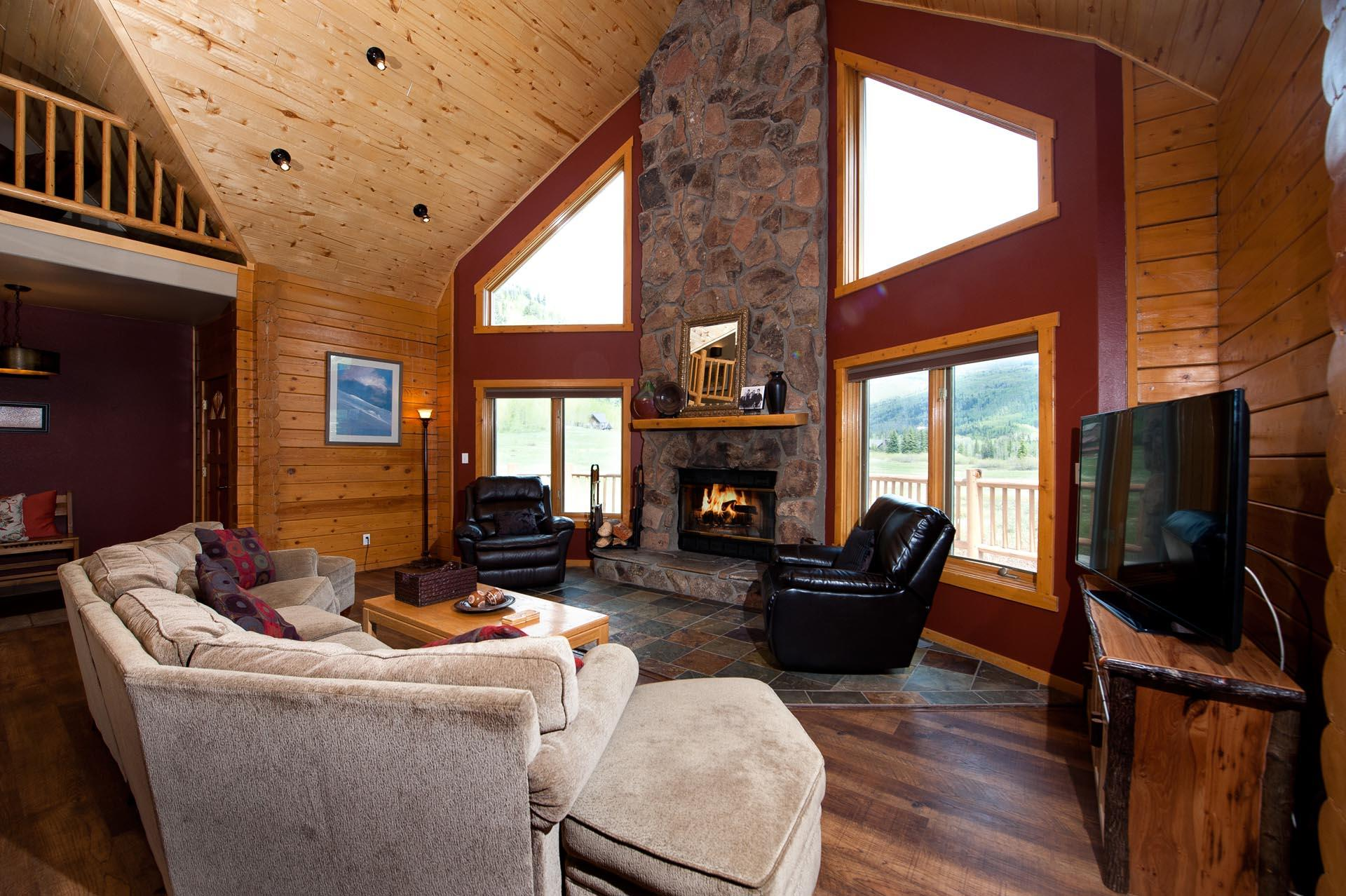 Colorado Log Cabin with Unbelievable View of Engineer Mountain - Ping Pong/Fire Pit - Heated Pool/Hot Tubs