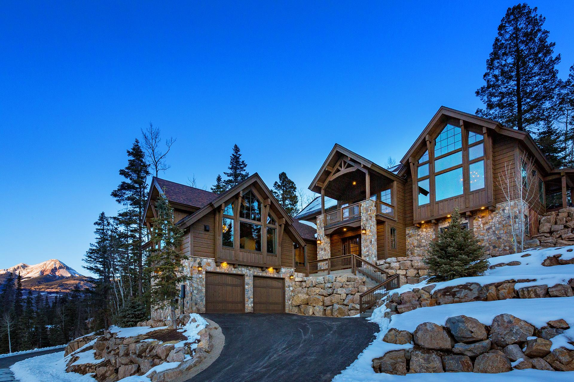 Property Image 1 - Brand New Custom Built Luxury Home - Amazing Views, Game Room, Ping Pong, Hot Tub