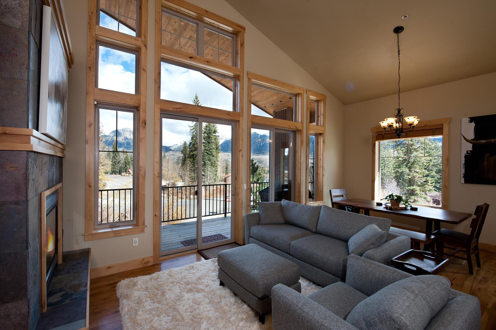Luxury Ski In/ Ski Out Slopeside Townhome -  Private Hot Tub - Ping Pong