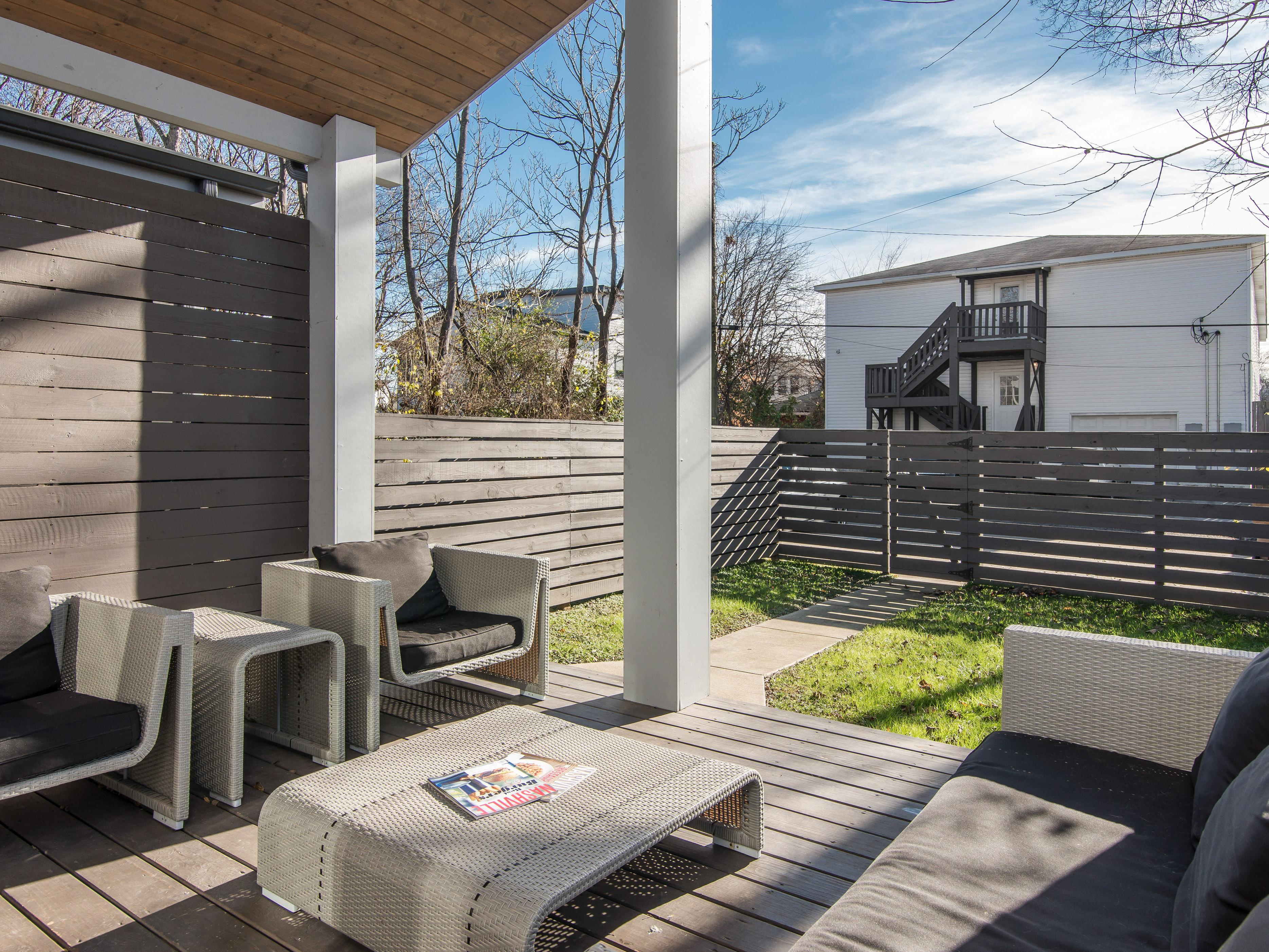 The back deck lounge makes entertaining outdoors a breeze.