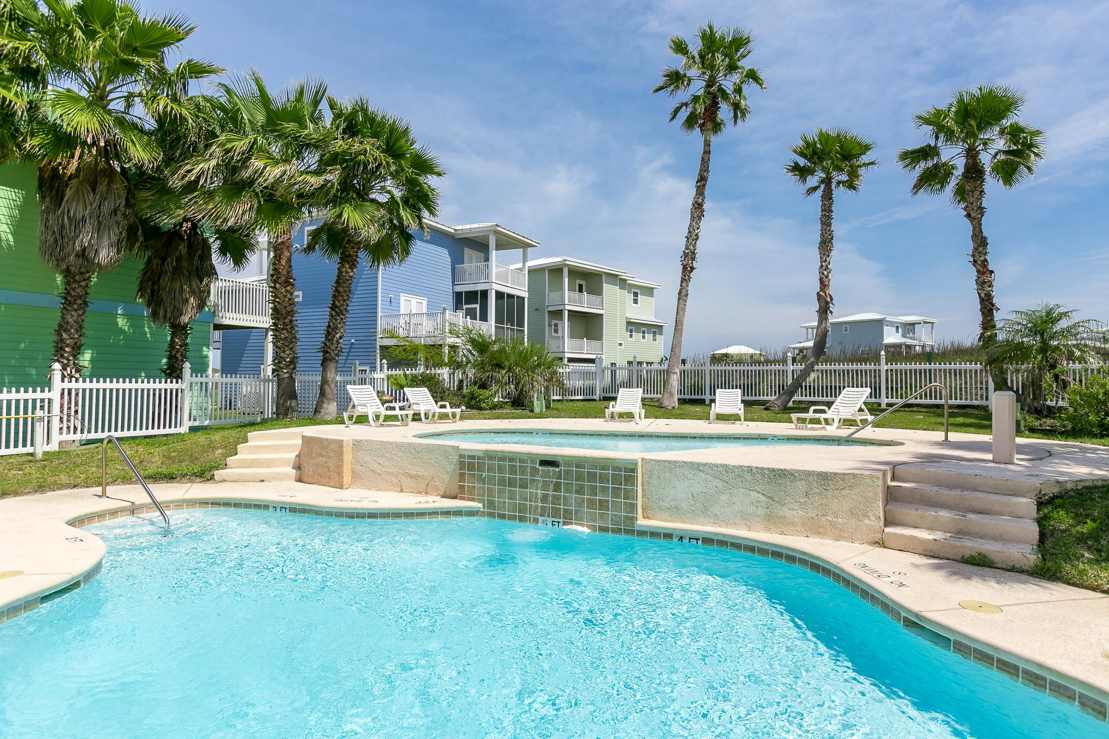 Property Image 2 - Spacious Contemporary Gulf-View Home with Scenic Deck