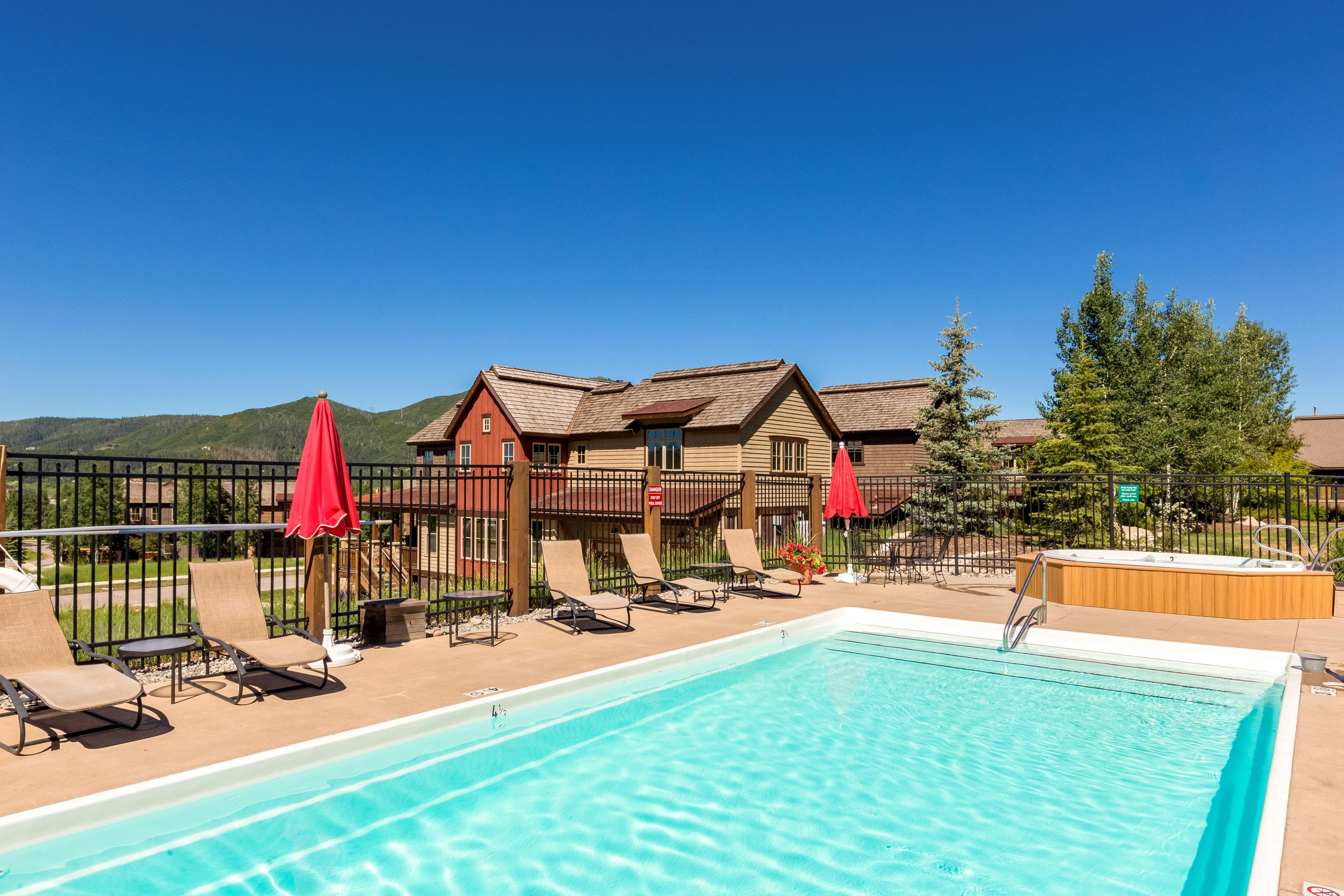 Updated Tranquil Townhome with Pool and Hot Tubs