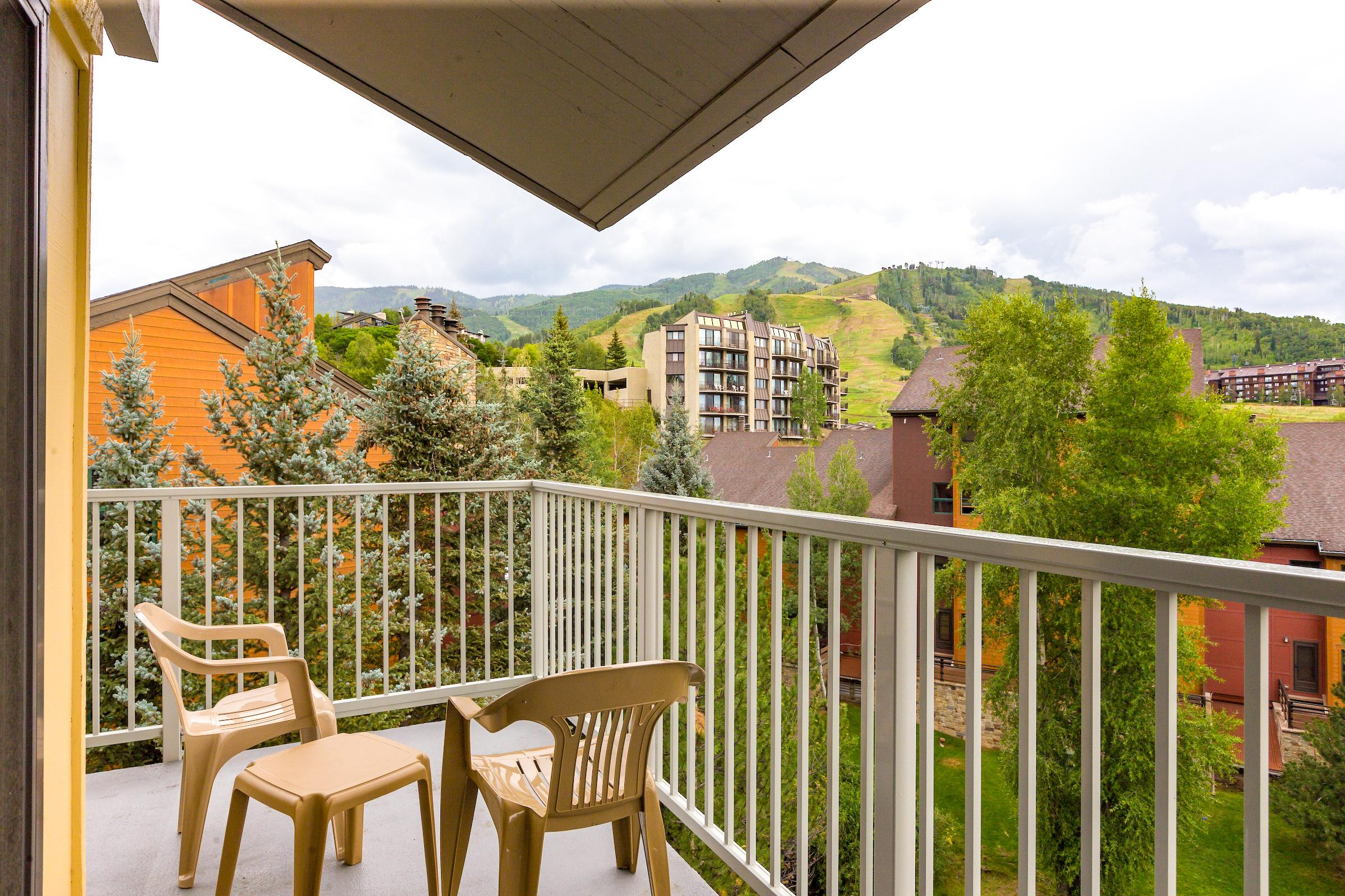 Top Floor Corner Condo with Sweet Views