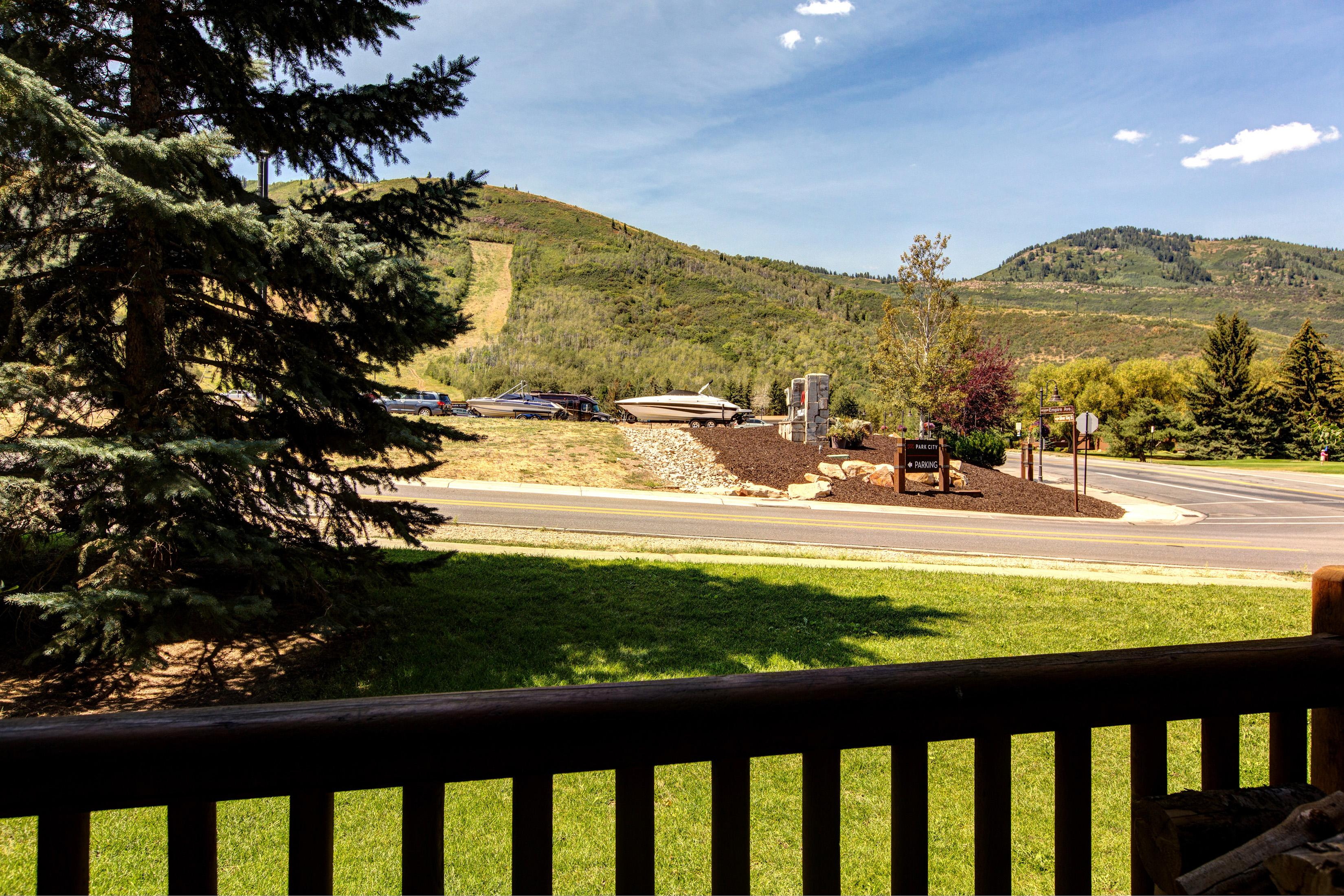 Enjoy views of Park City Mountain Resort from the balcony!
