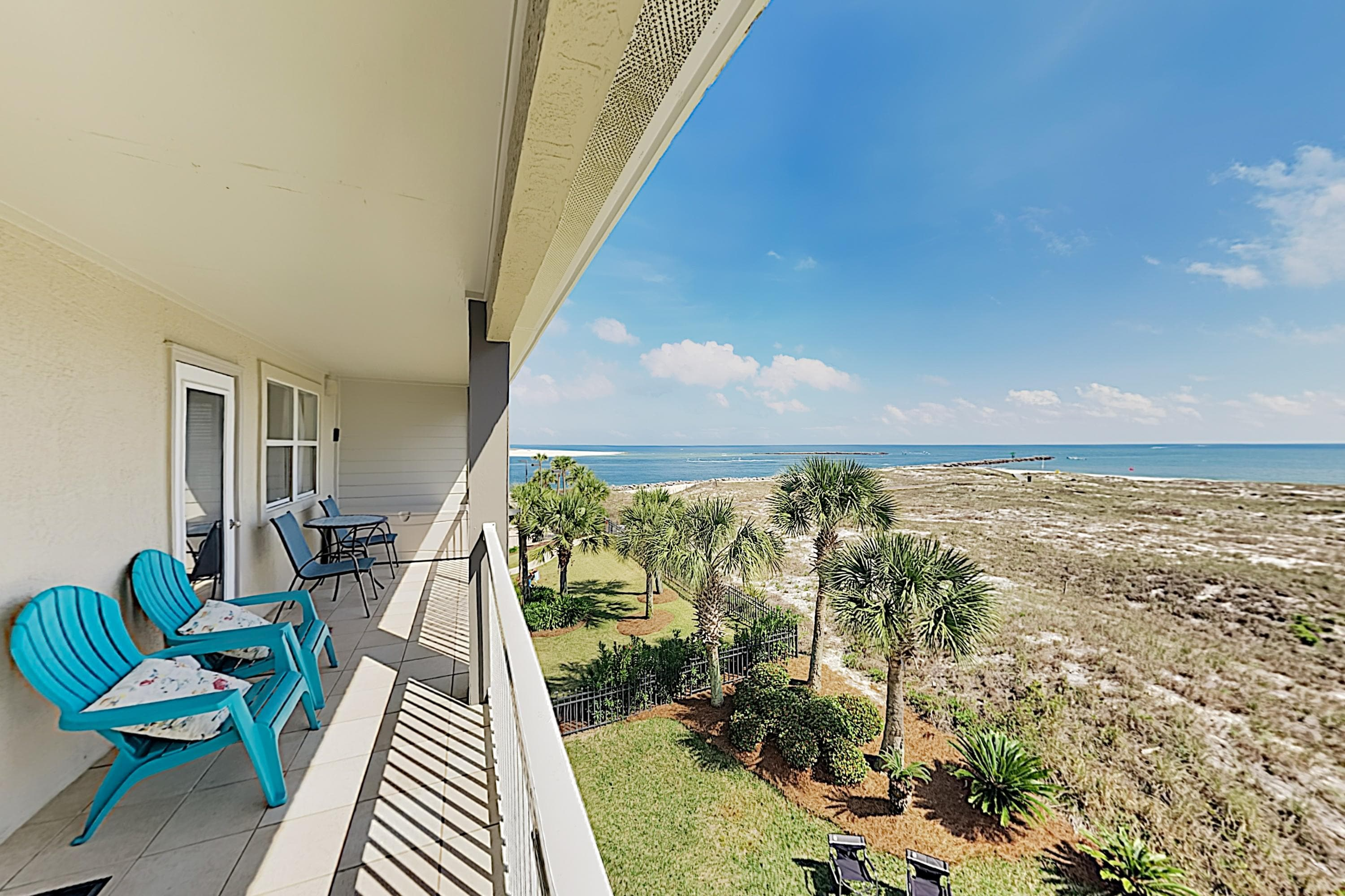 Property Image 1 - Pretty Gulf View Condo with Balcony & Pool Access; Steps to Sand