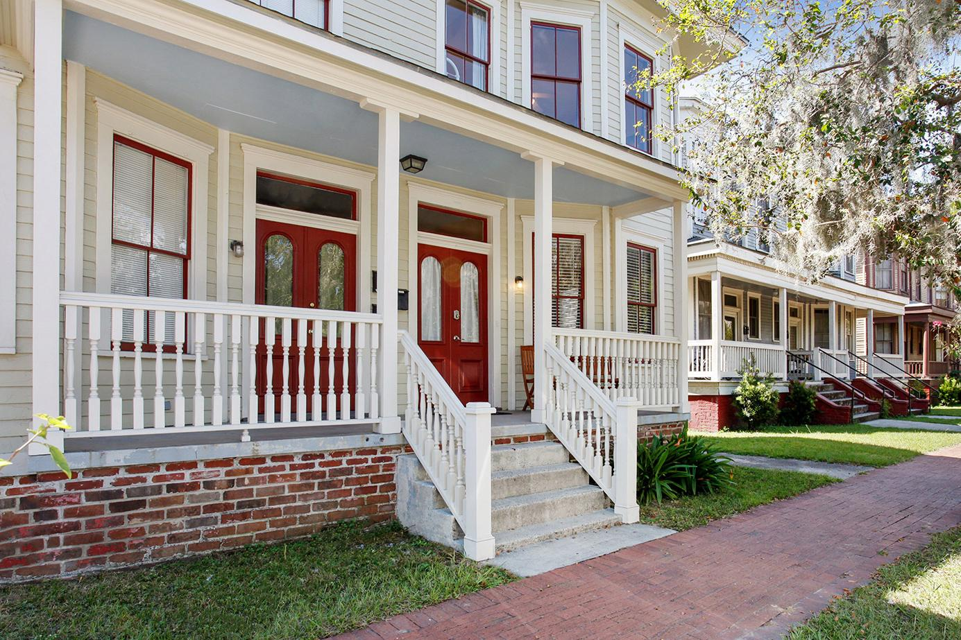 Anderson Quarters: Historic Gem in Victorian District