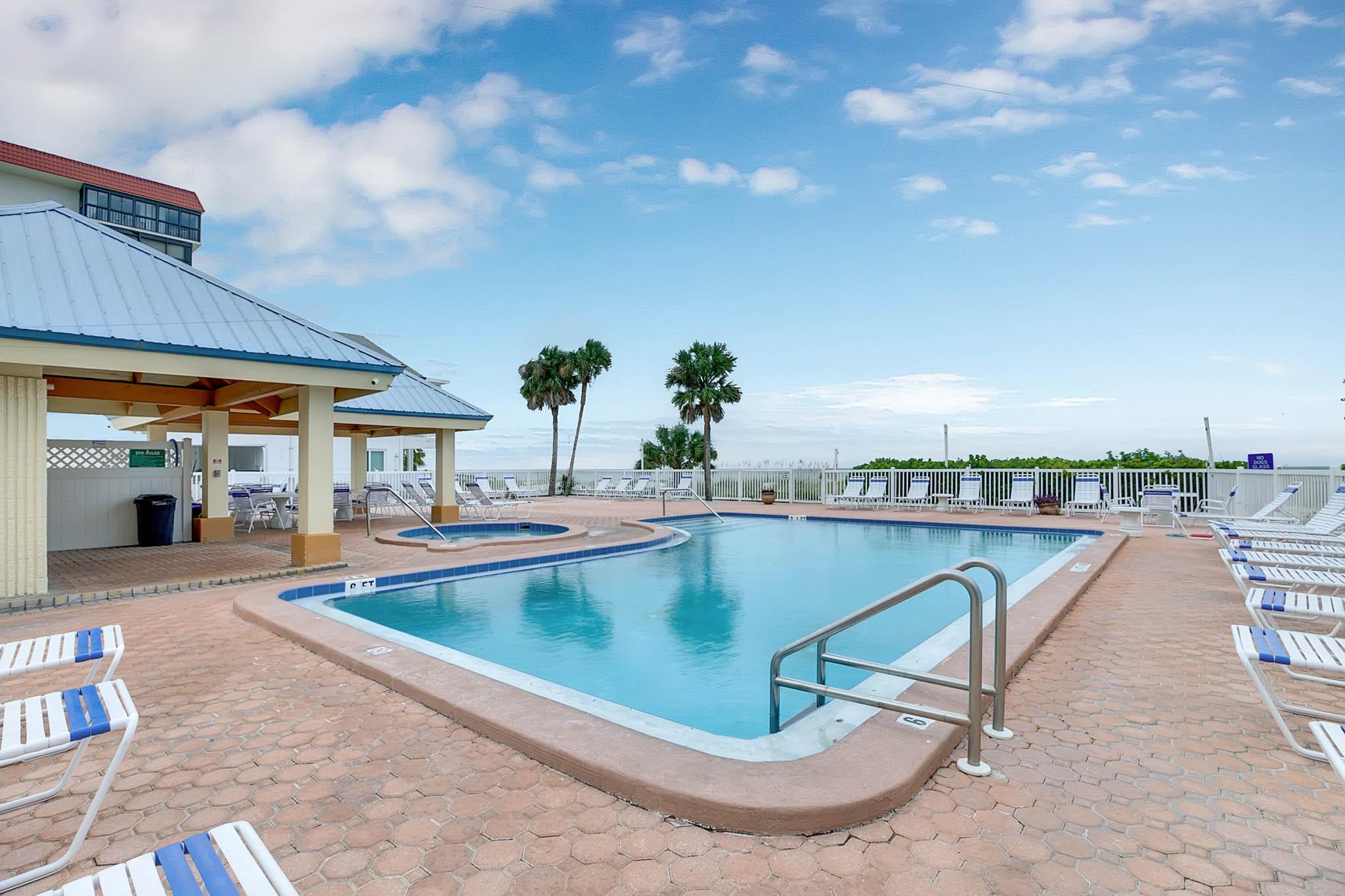 During your stay, you'll enjoy access to a Gulf-facing pool.