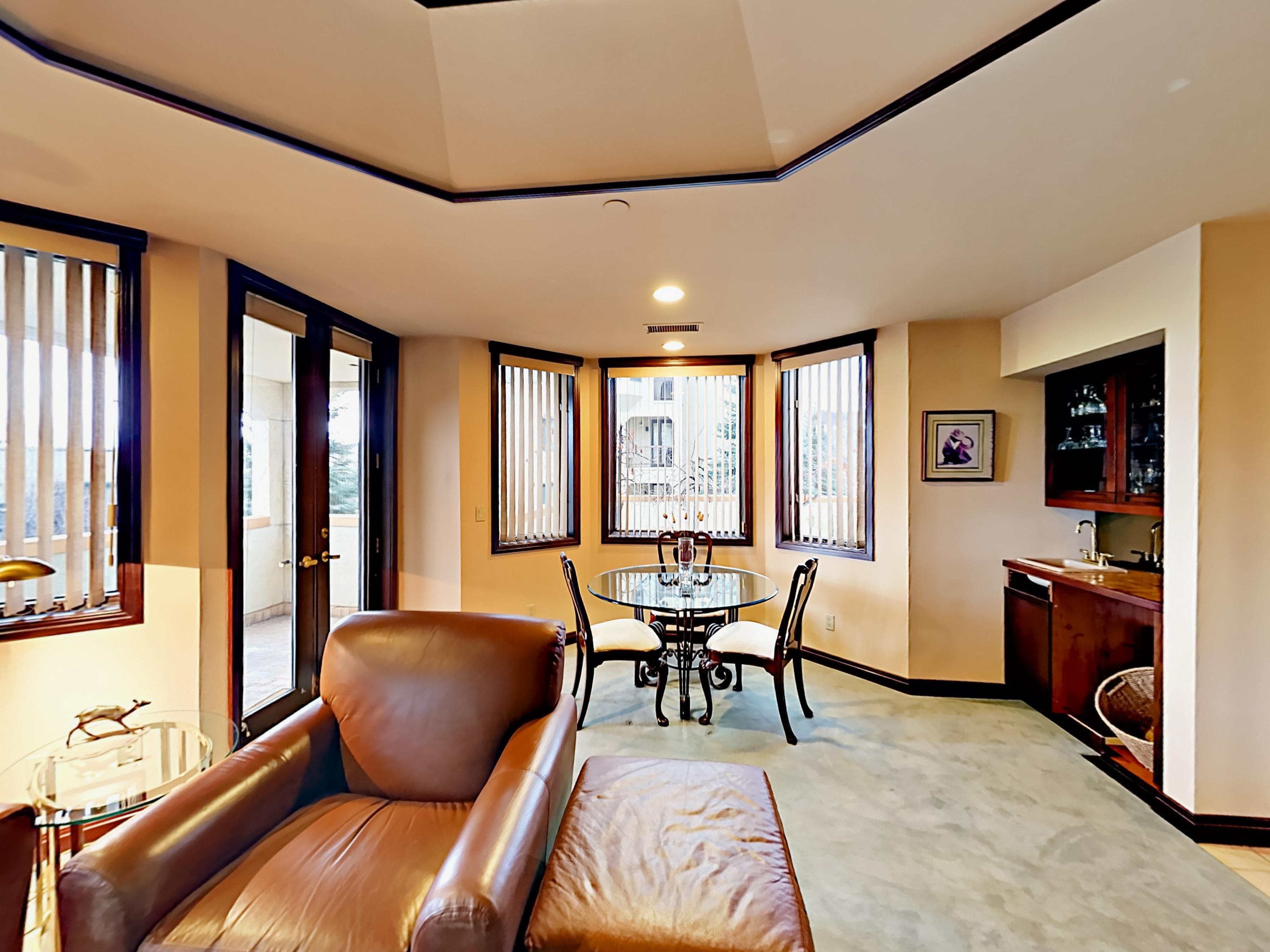 Polished Condo near Slopes with Two Master Suites