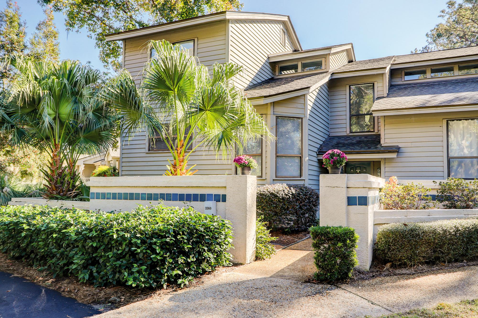 Your bright and spacious vacation rental is situated in the Sea Pines Resort.