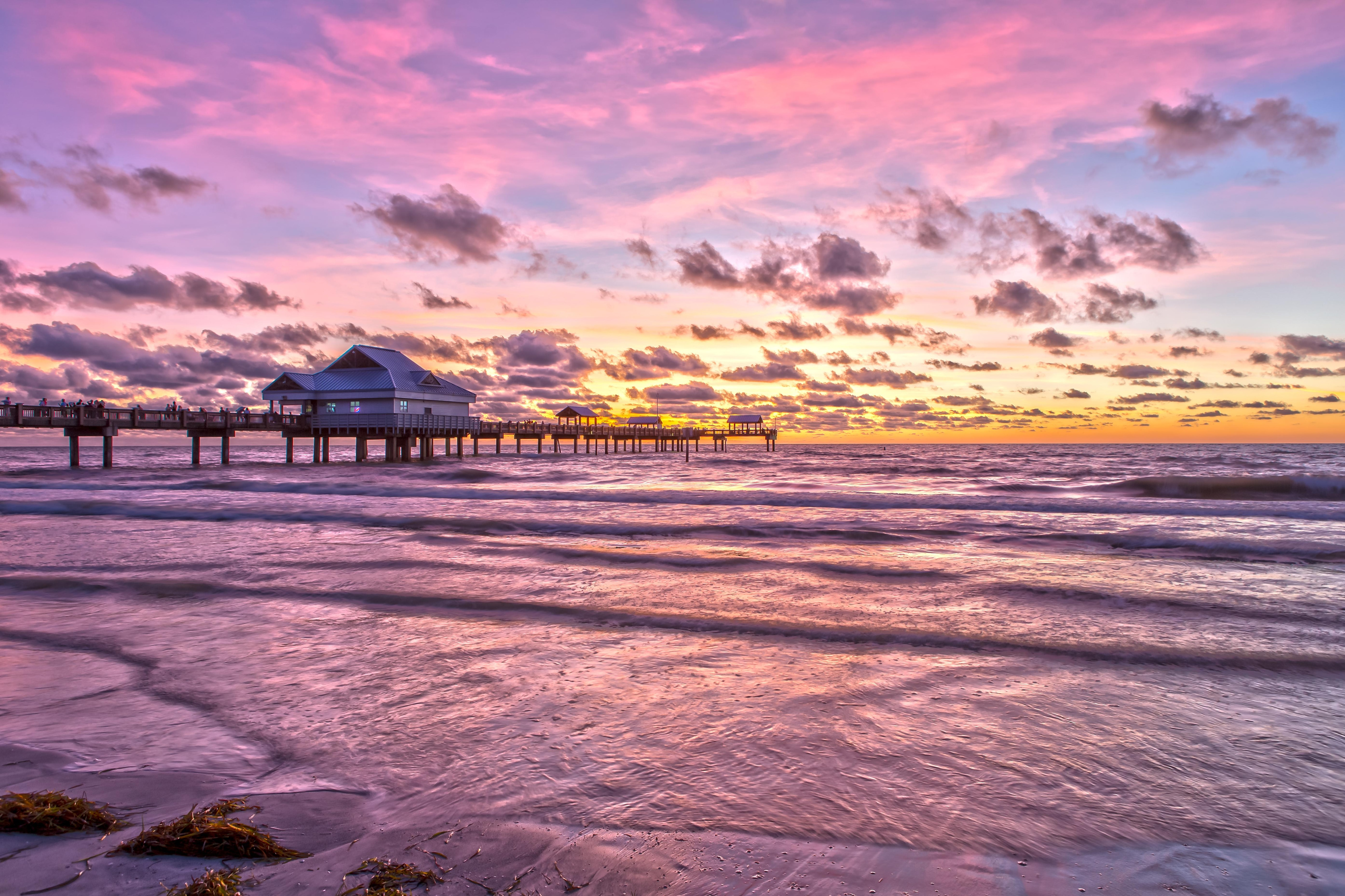Stunning Gulf Coast sunsets await!