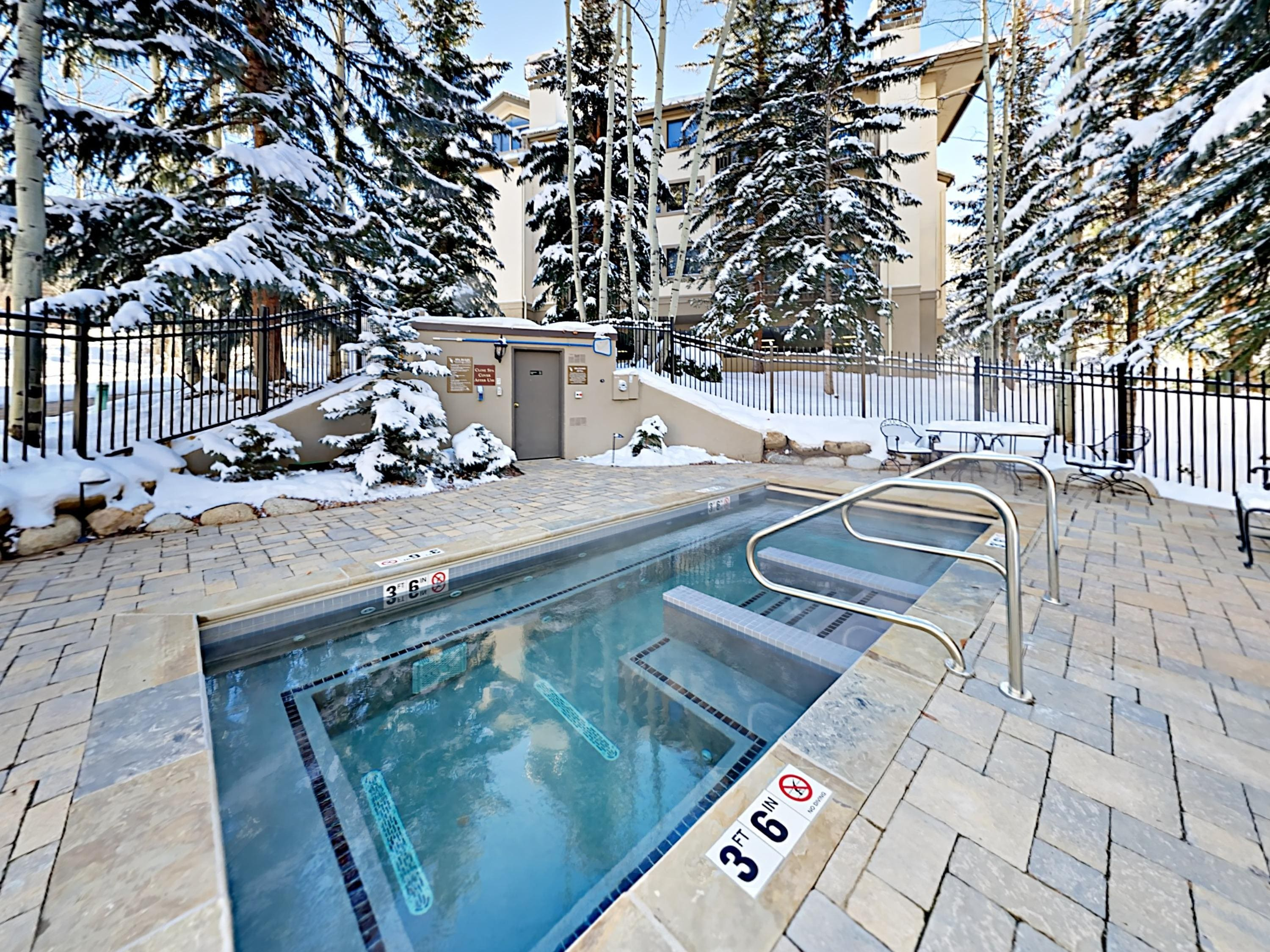 After a day on the slopes, soak in 1 of the outdoor hot tubs on-site.