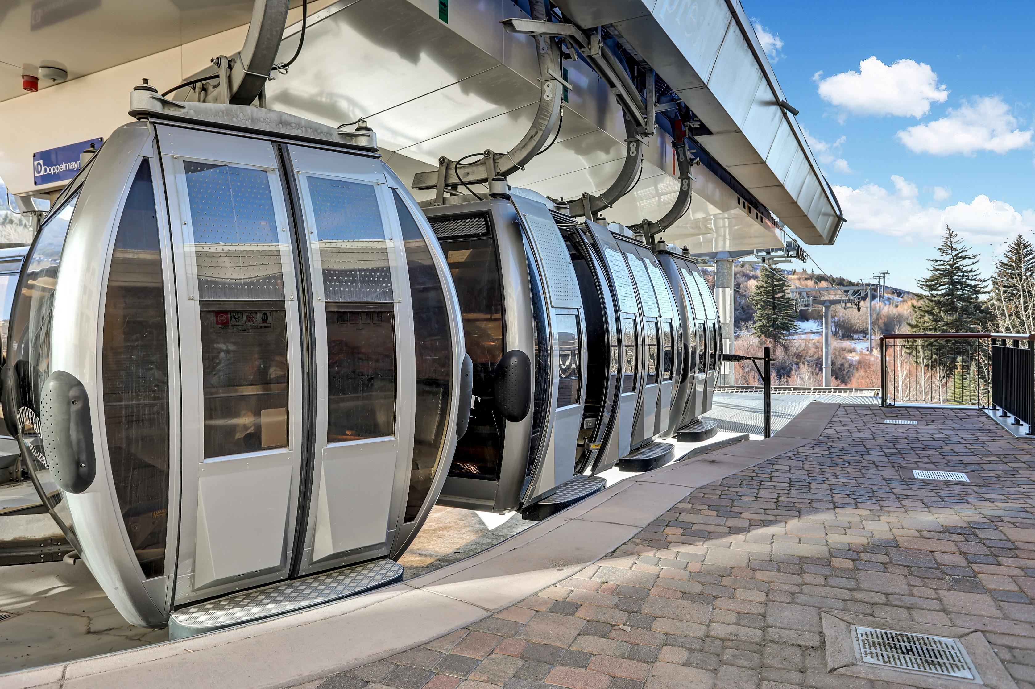 You're just a 10-minute walk from the Avon Riverfront Express Gondola.