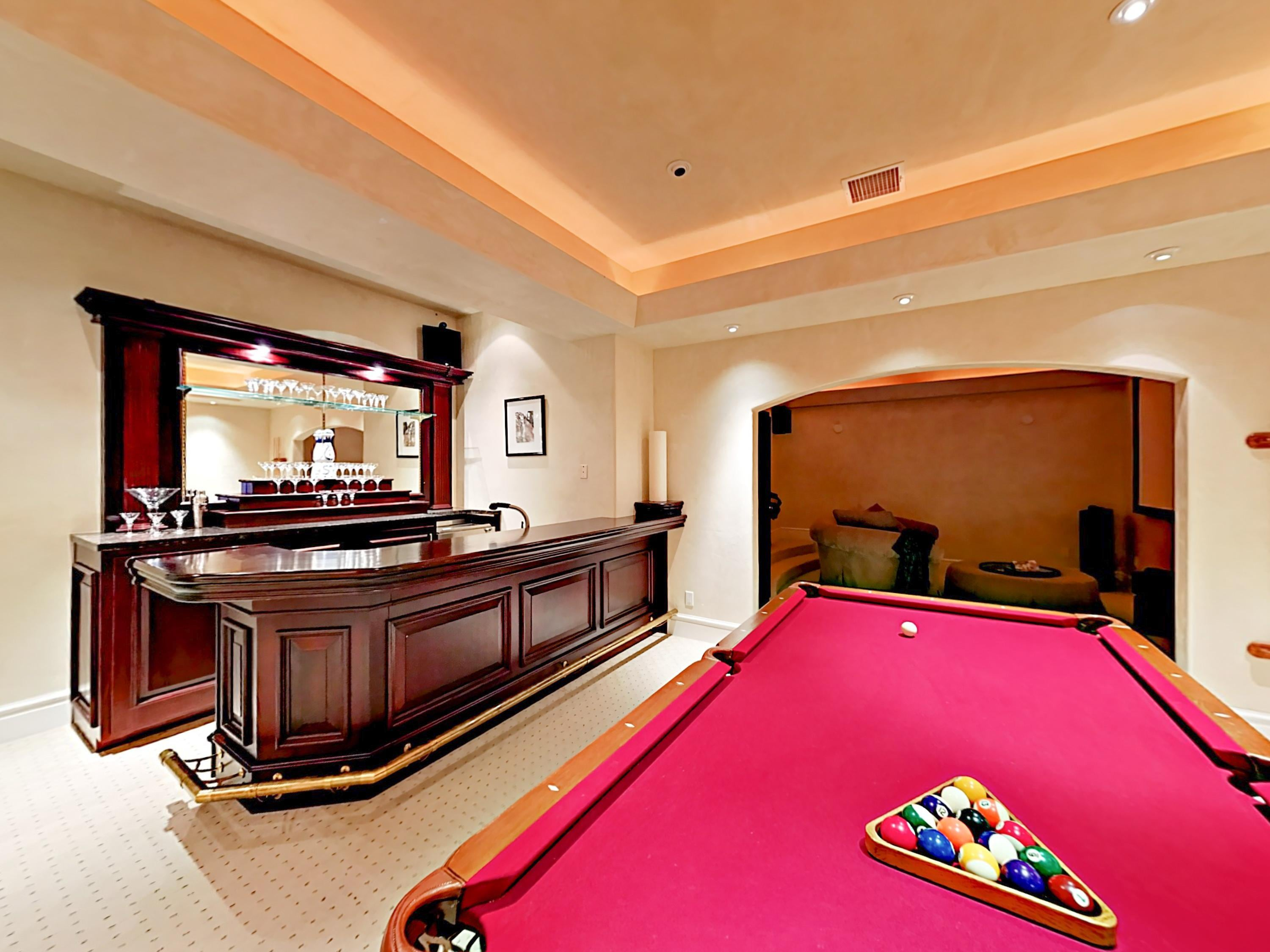 Property Image 2 - Luxe Slope-Side Estate with Billiards and Mahogany Bar