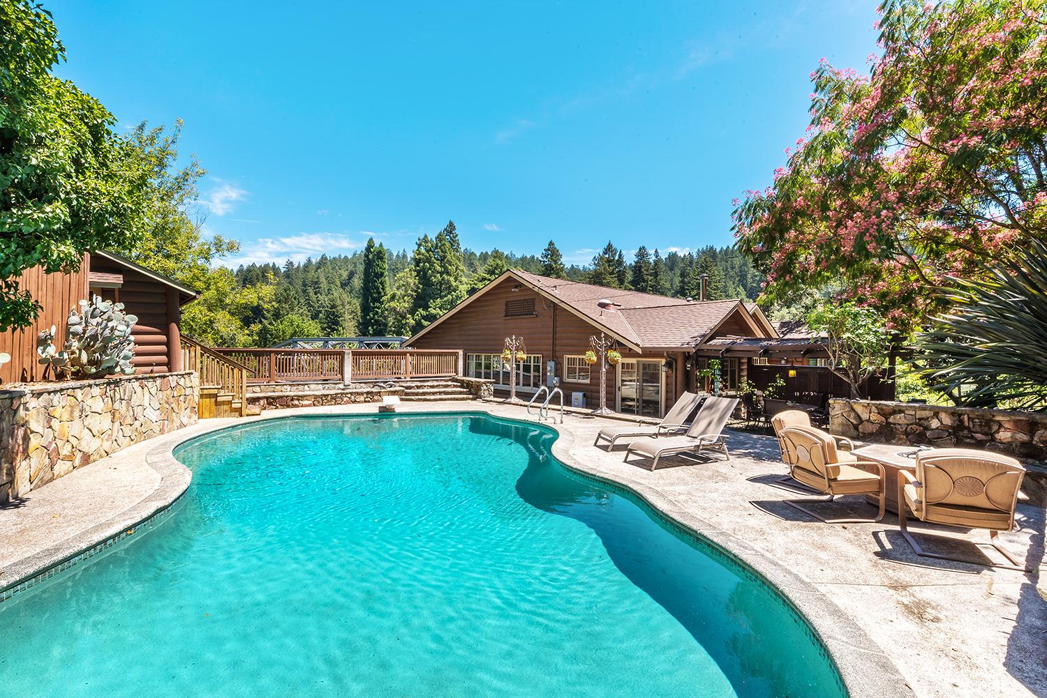 Property Image 1 - Luxury Lodge Along the Banks of the Russian River