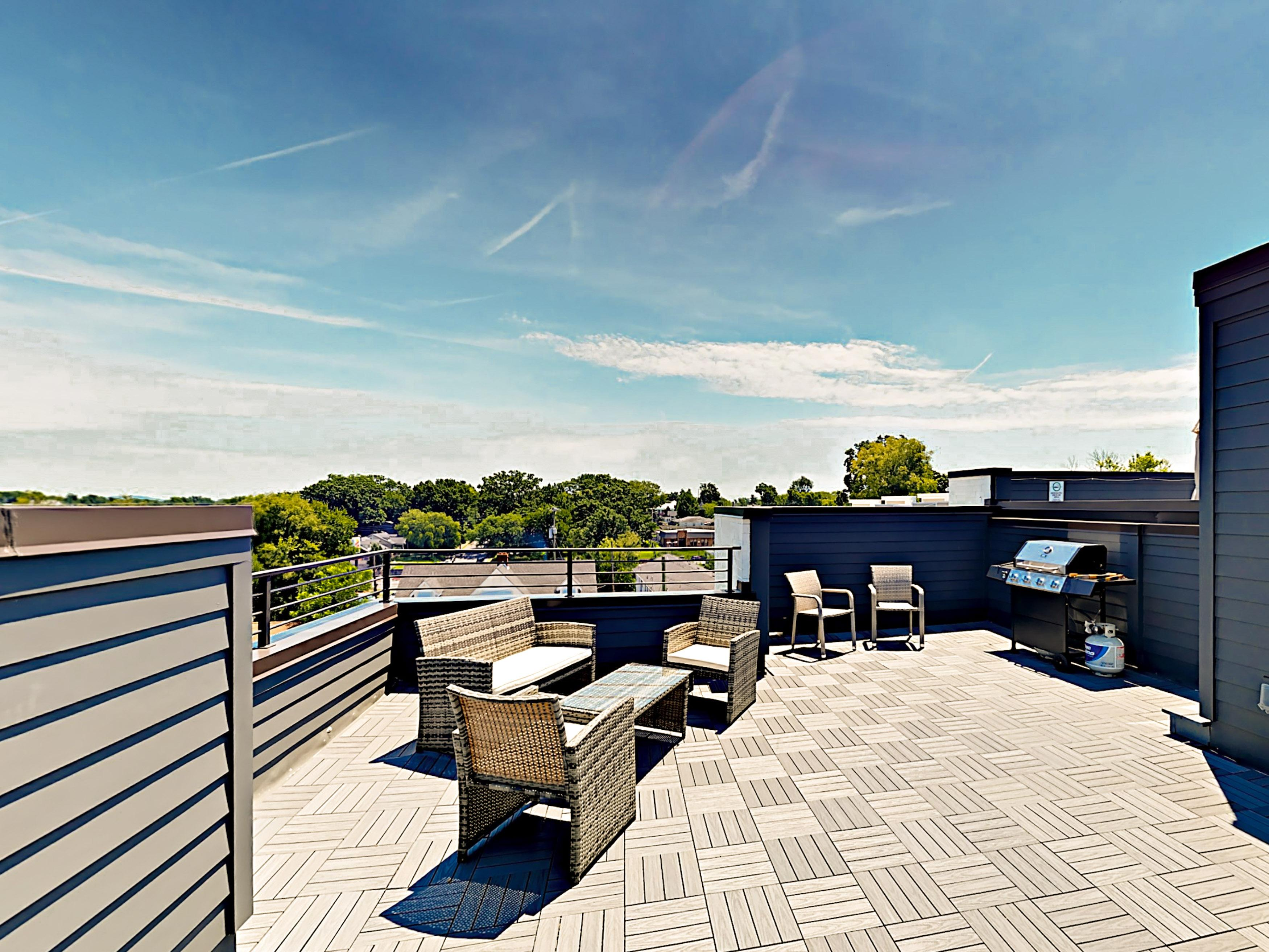 Welcome to Nashville!Retreat to your private rooftop deck and relax on comfy lounge furniture.