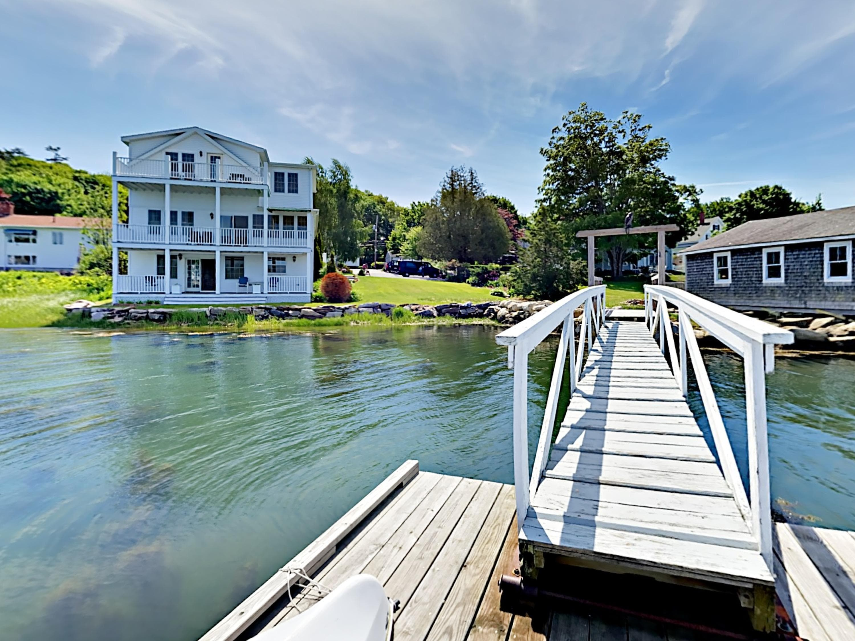 Your private dock provides unparalleled access to the harbor.