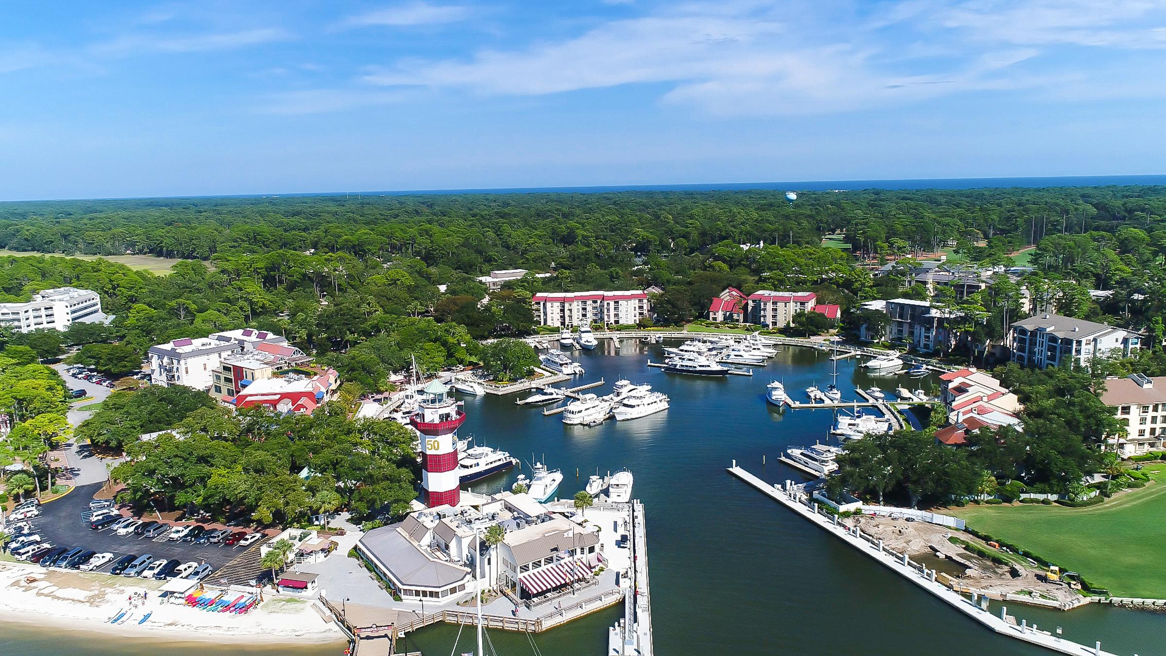 This fully updated, professionally decorated villa is just steps from Hilton Head's iconic lighthouse and marina.