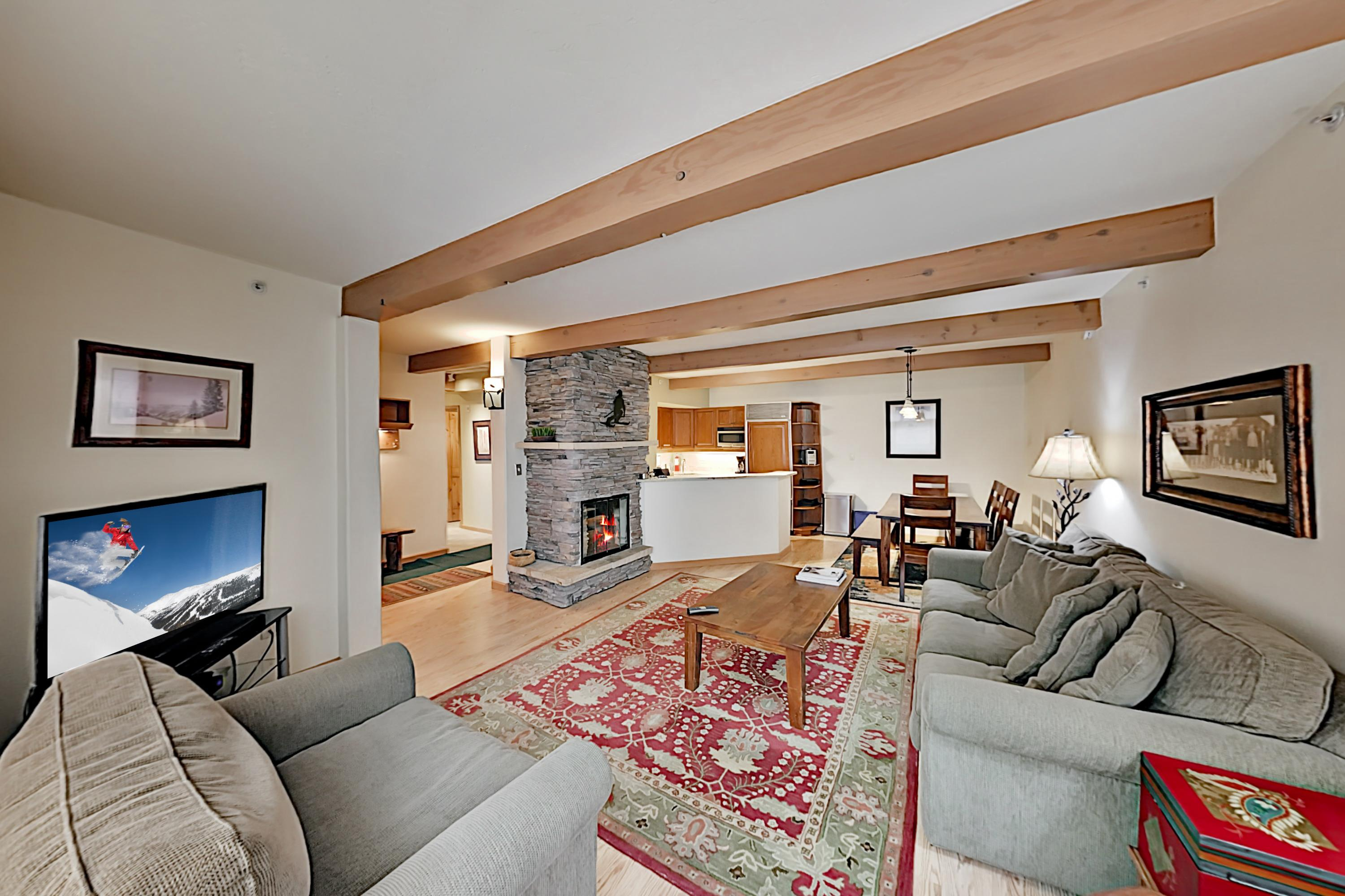 Inviting Snowmass Condo Adjacent to All Outdoor Activities