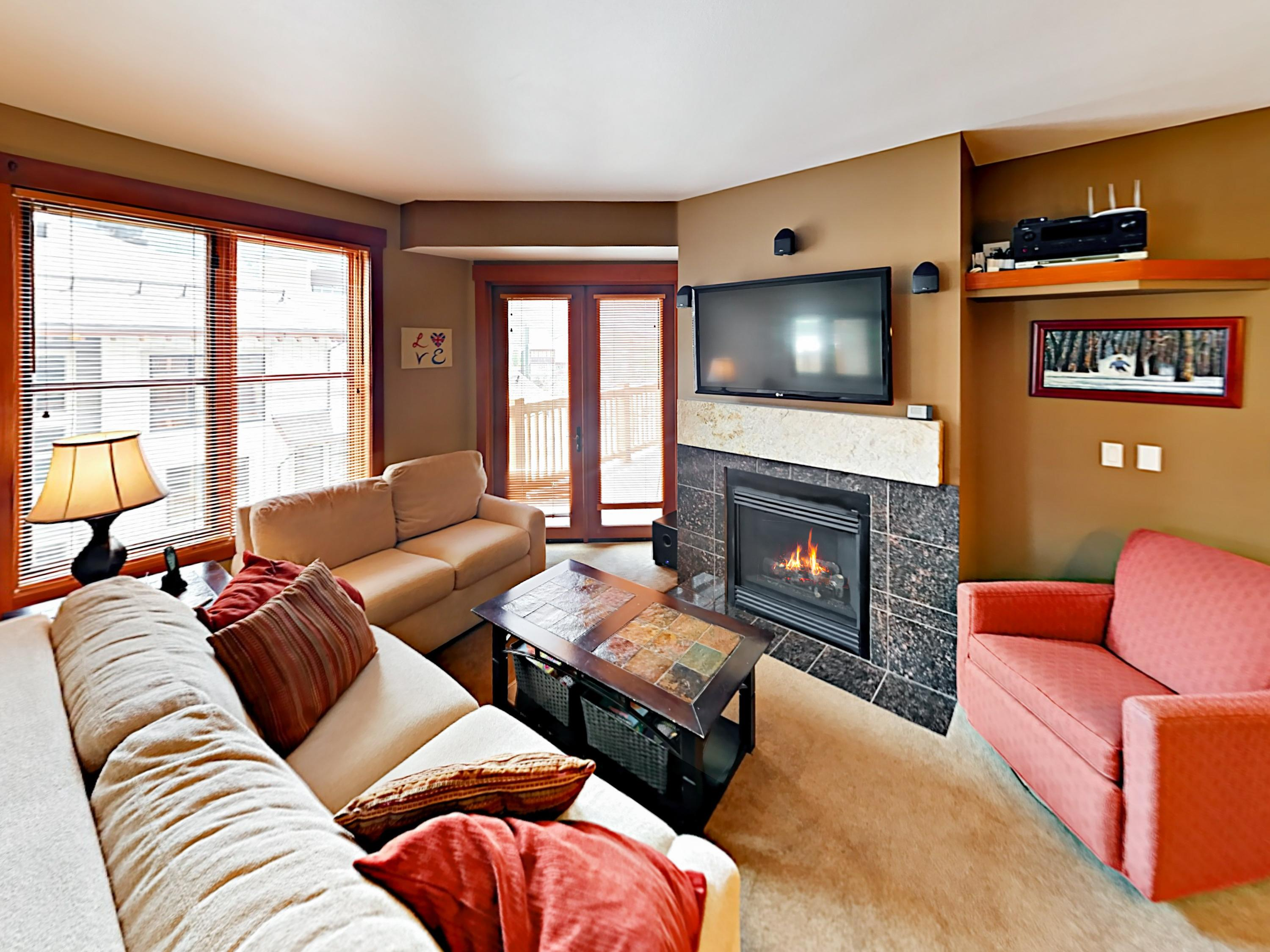 Property Image 1 - Cozy Mountain Condo with Hot Tub, Near Lifts