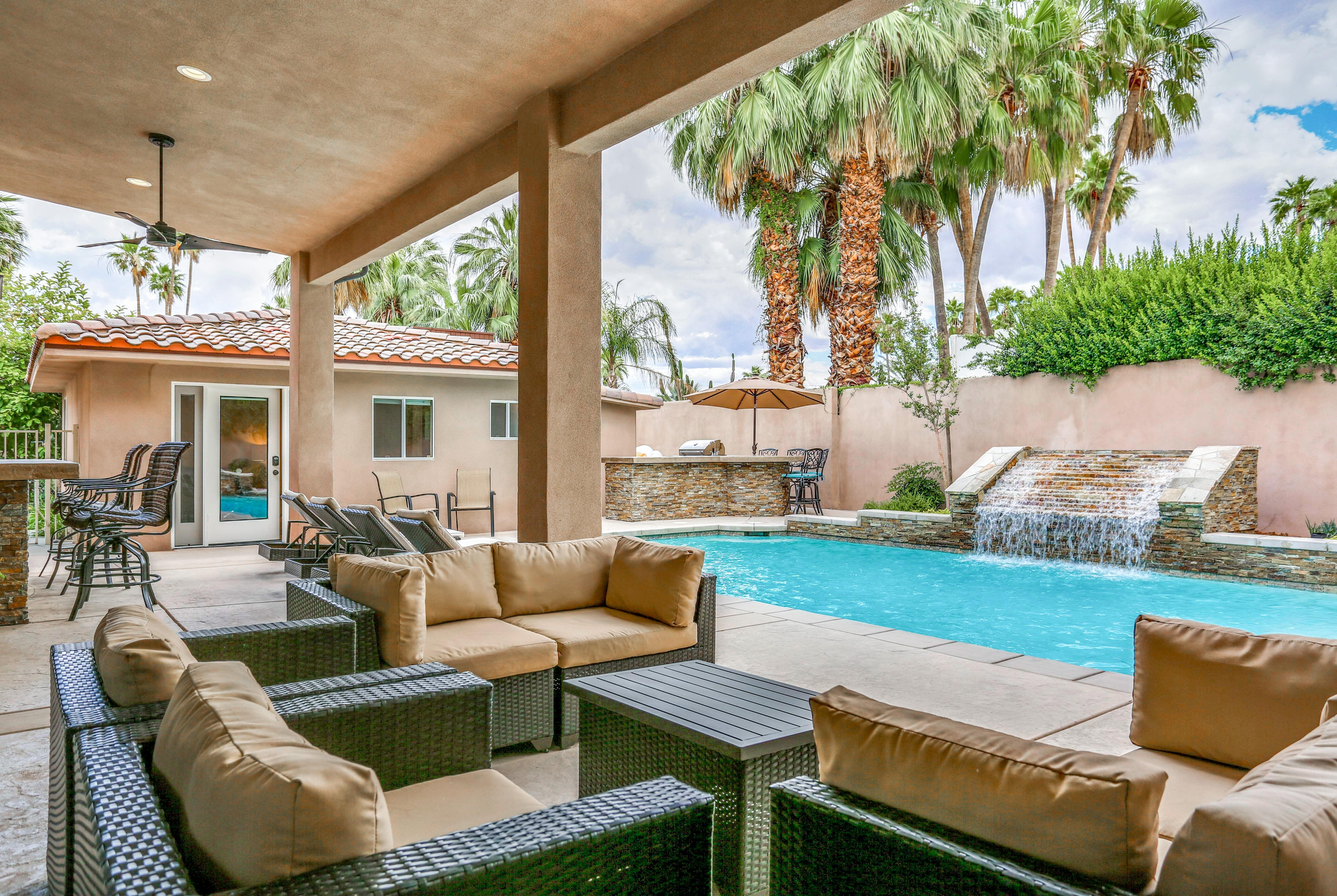 Property Image 1 - Luxurious Private Palm Springs Villa with History