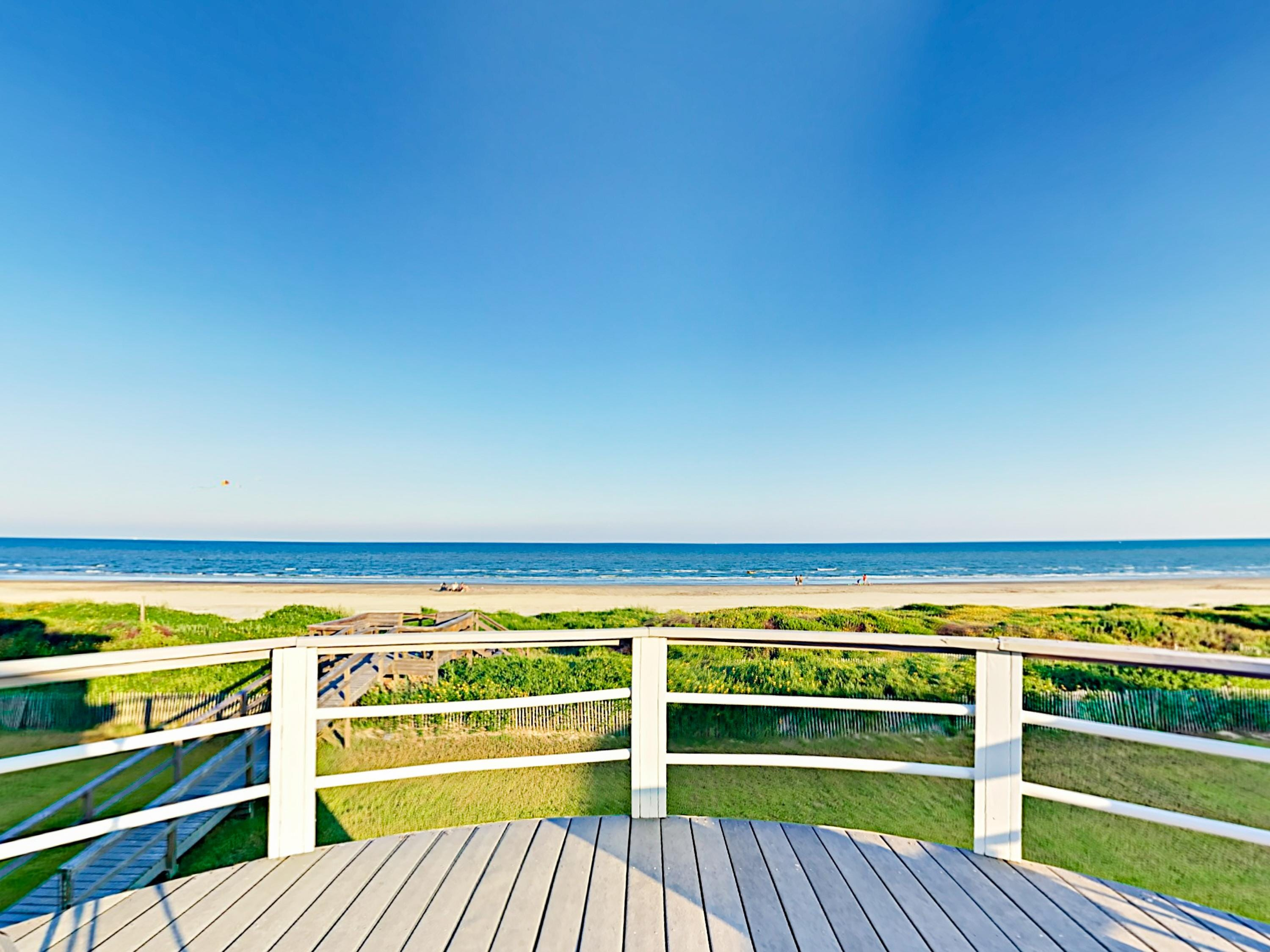 Property Image 2 - Idyllic Beachfront Home Featuring Private Boardwalk