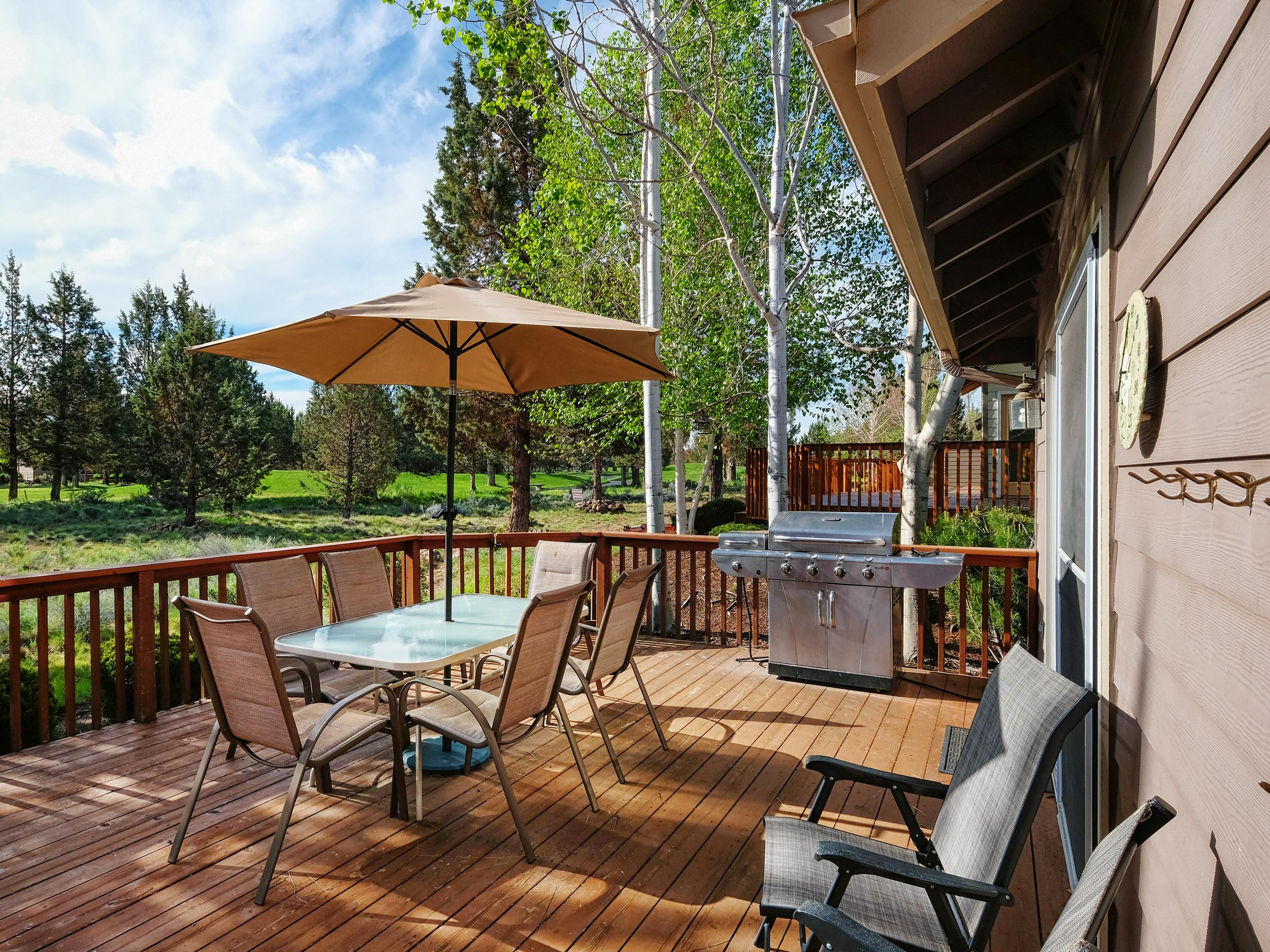 Fairway Getaway with Private Hot Tub and Provided Bikes
