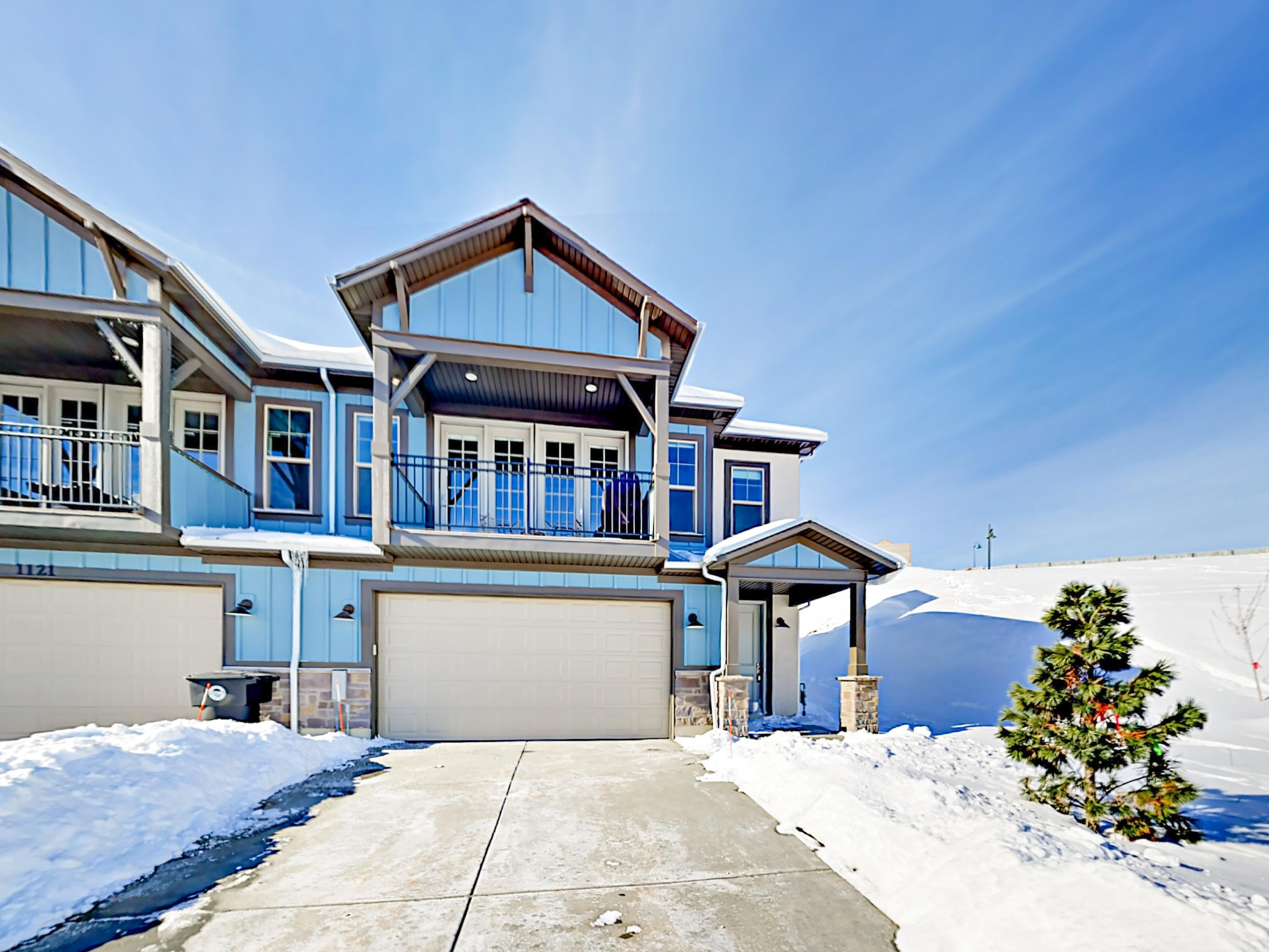 This brand-new 4BR/3.5BA Heber City home is just a 10-minute drive from the gondola at Deer Valley Resort.