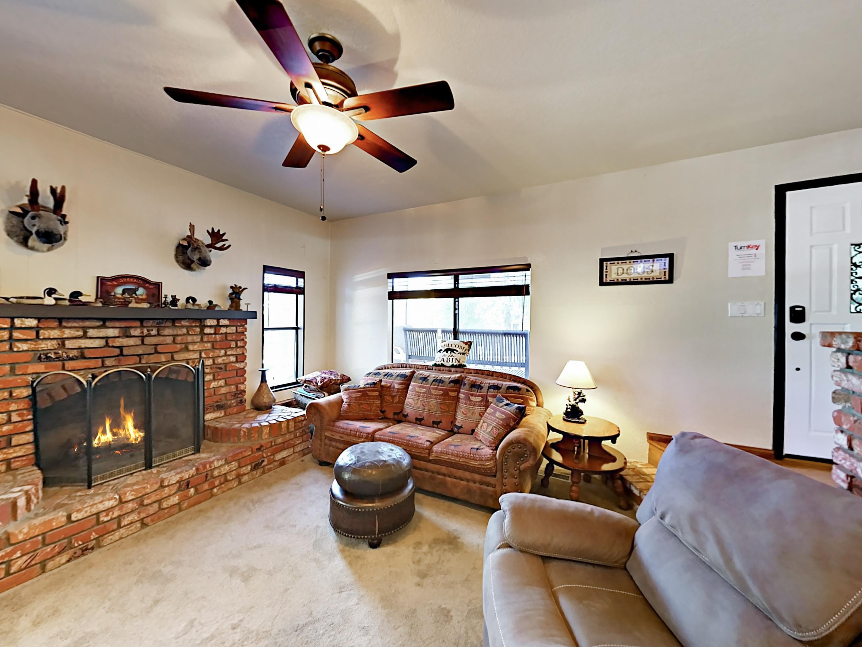 Property Image 2 - Lazy Bear Cabin 2BR: Hot Tub, Ping-Pong & Fire Pit