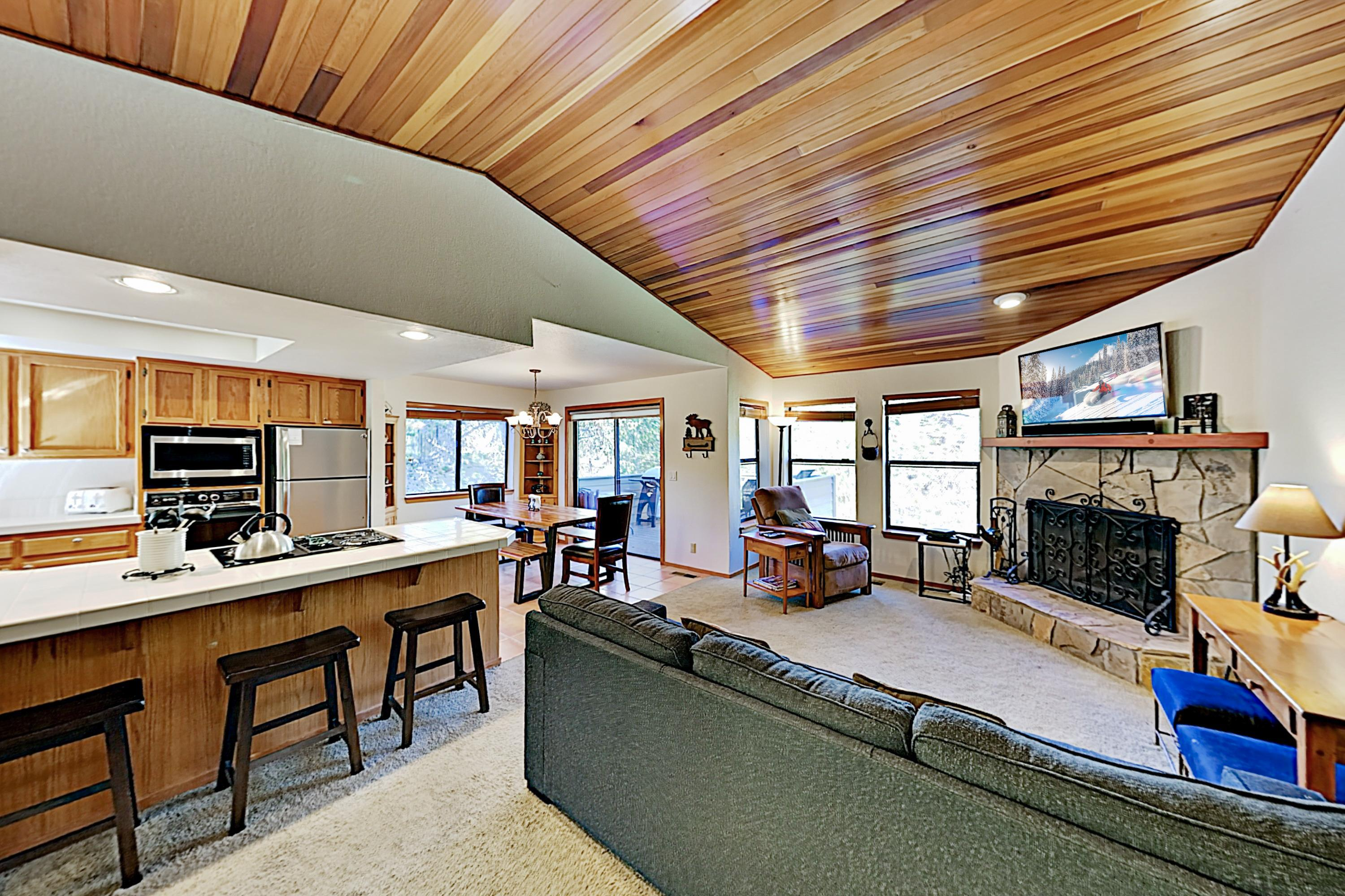 Welcome to Sunriver! This stunning home is professionally managed by TurnKey Vacation Rentals.