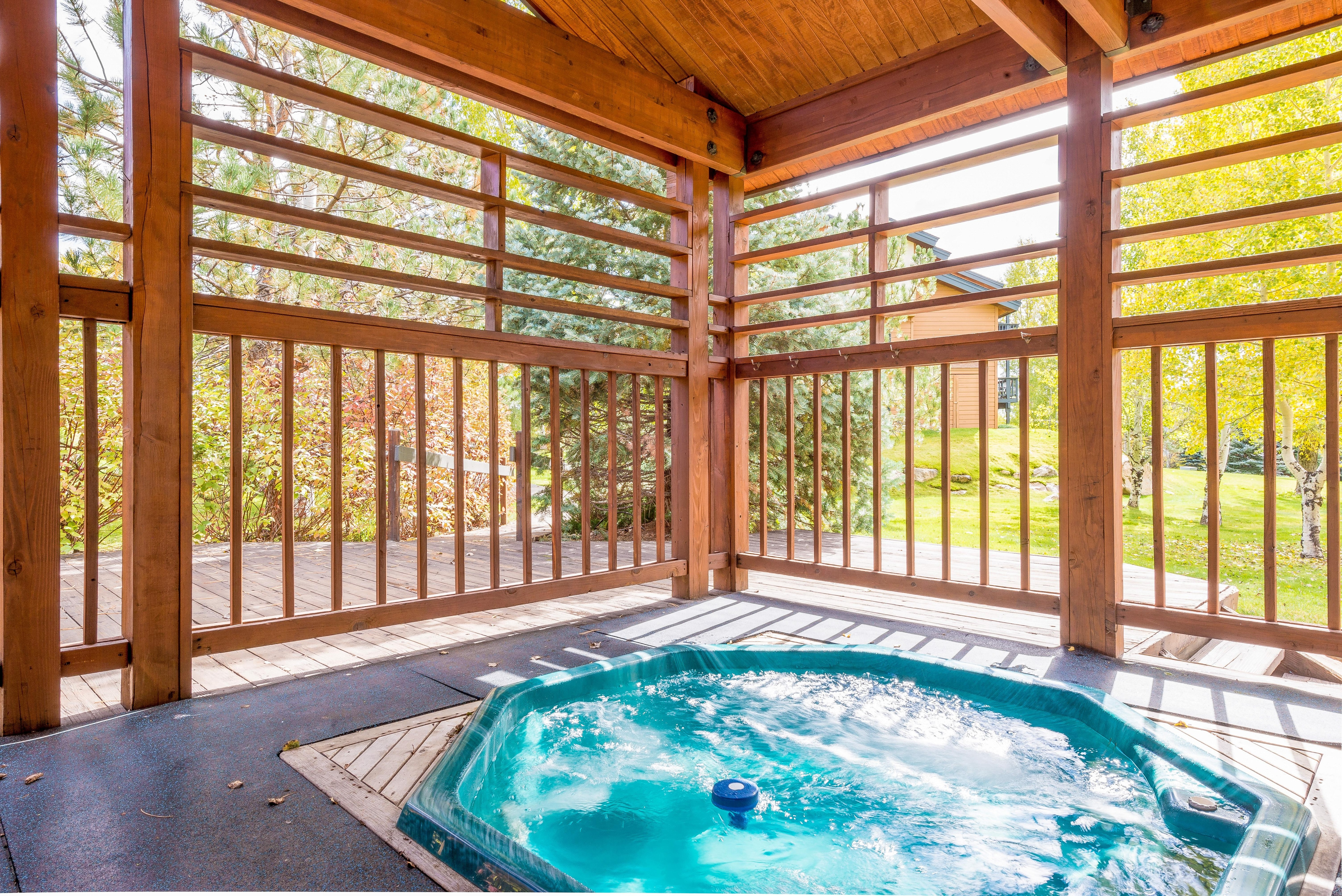 Classic Pines at Ore Home with Hot Tubs near Slopes