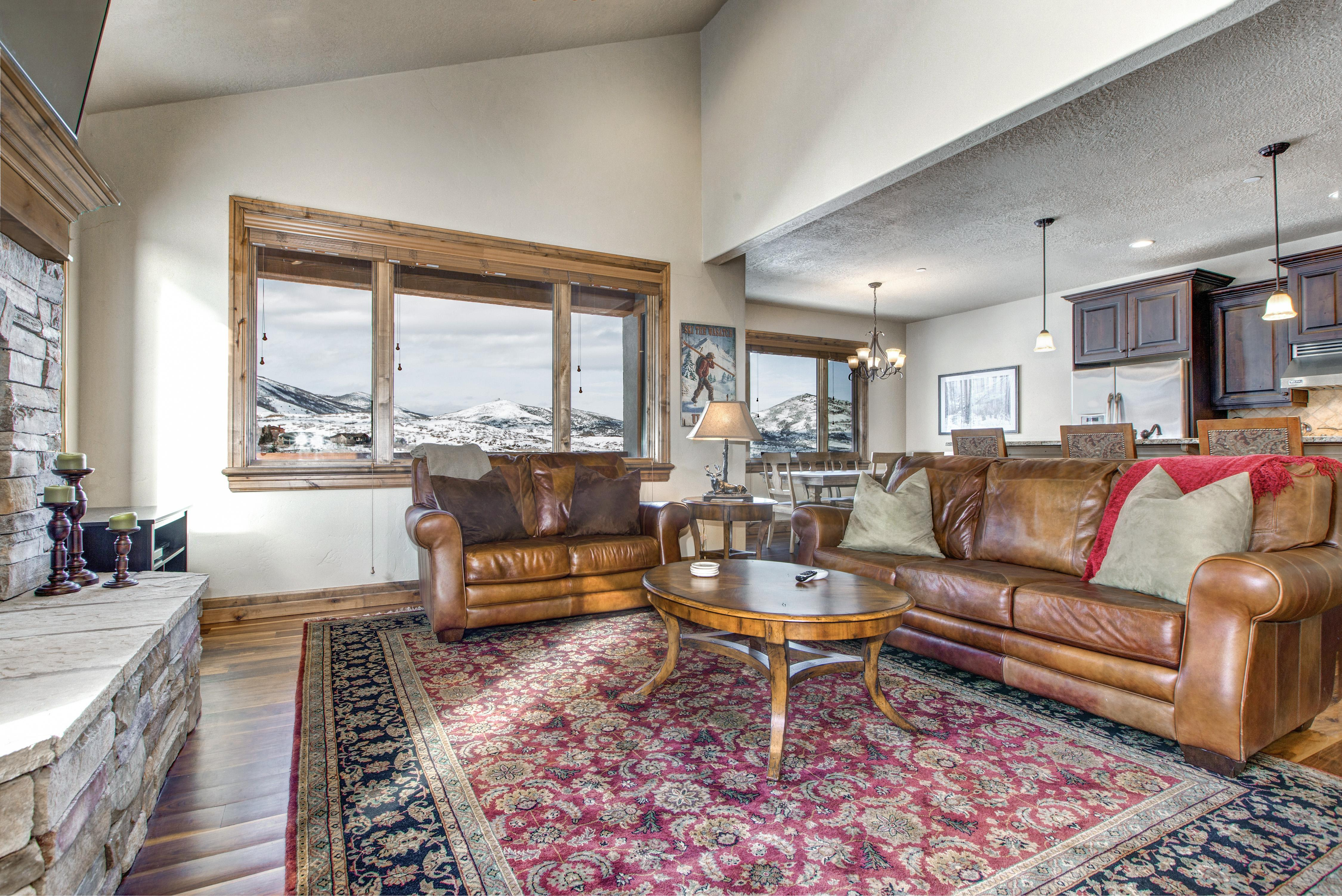 Property Image 2 - Impressive Rustic Mountain Condo with Stunning Slope Views