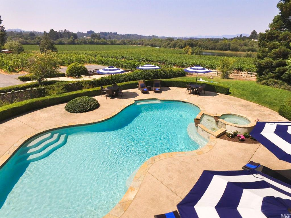 Property Image 2 - Spacious Wine Country Estate with Pool and Hot Tub