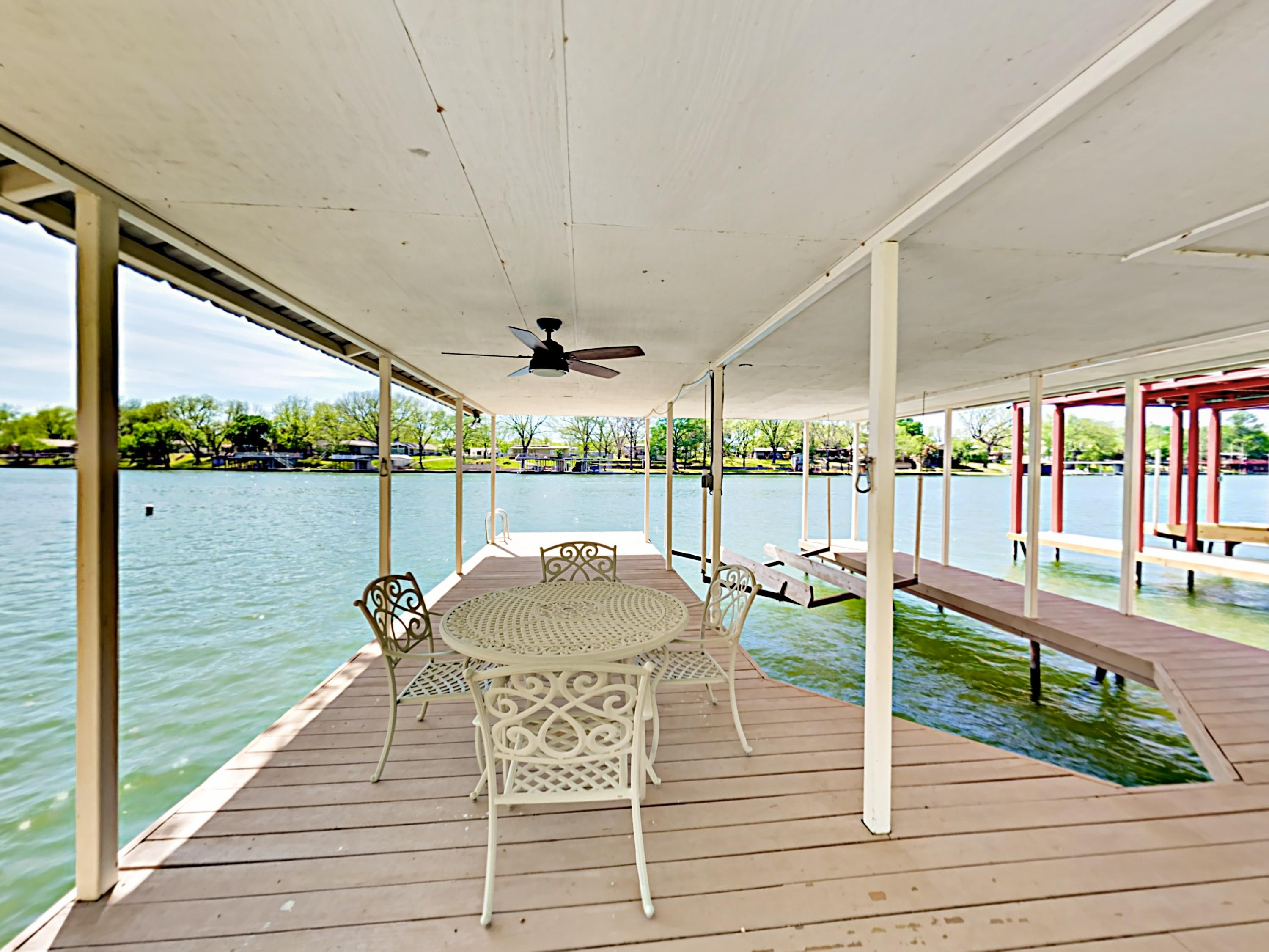 This rental includes a private covered boat dock, with seating for 4. (The boat slip and lift are not available for guest use.)