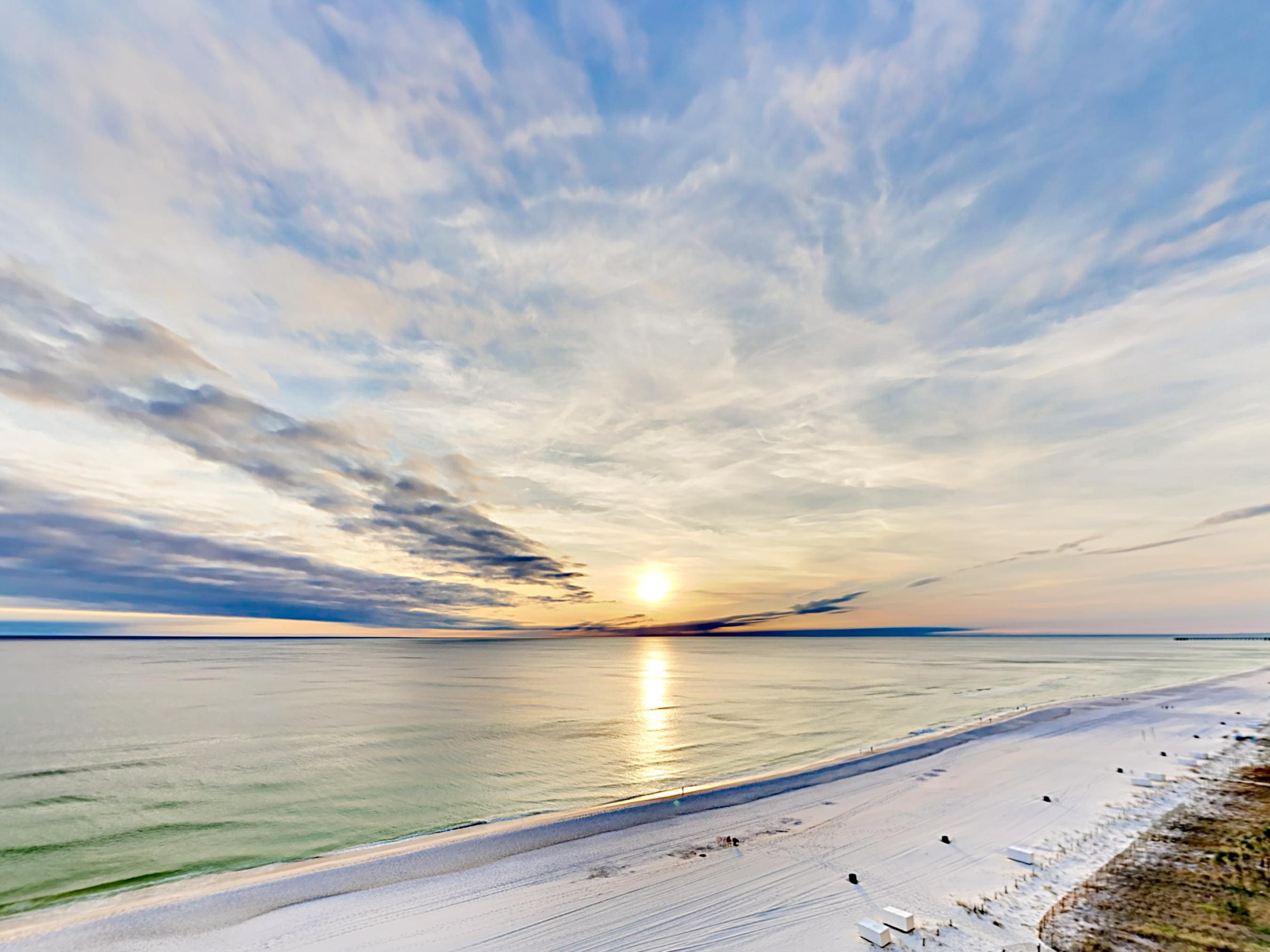 Captivating Villa Luna Condo with Expansive Gulf Views