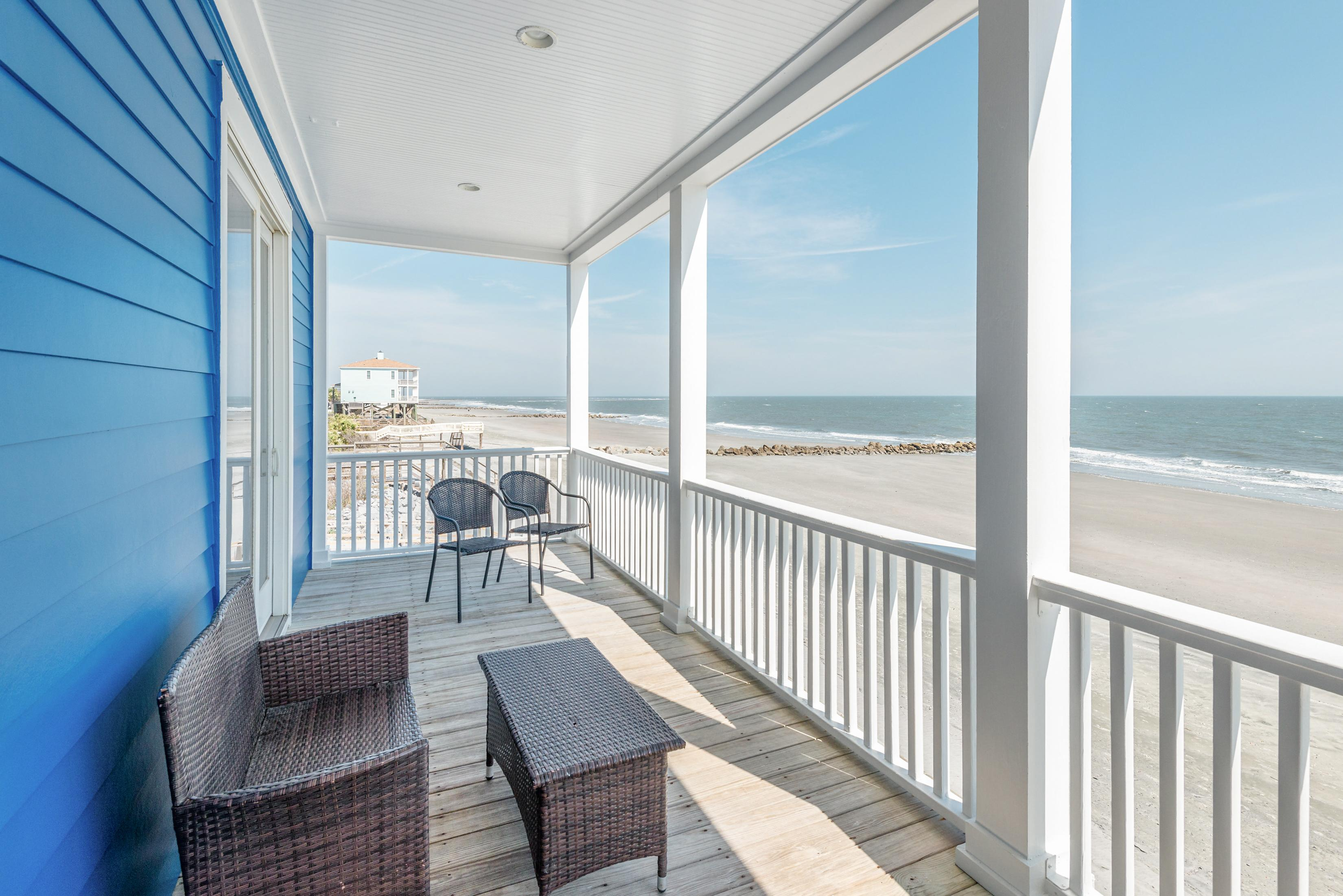 Property Image 1 - Delightful Oceanfront Gem with Stunning Ocean Views