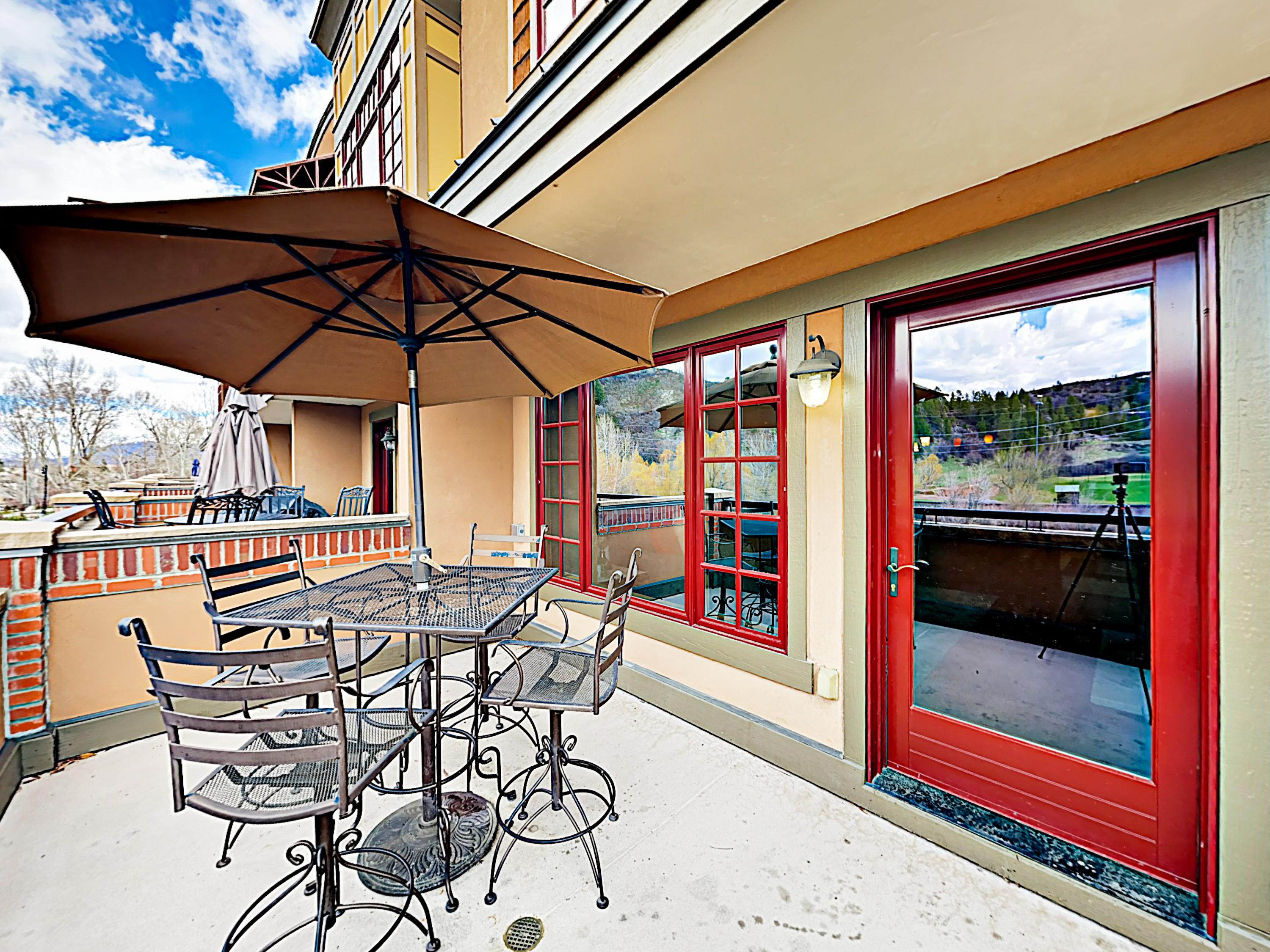 High-End Downtown Condo near Yampa River with Balcony