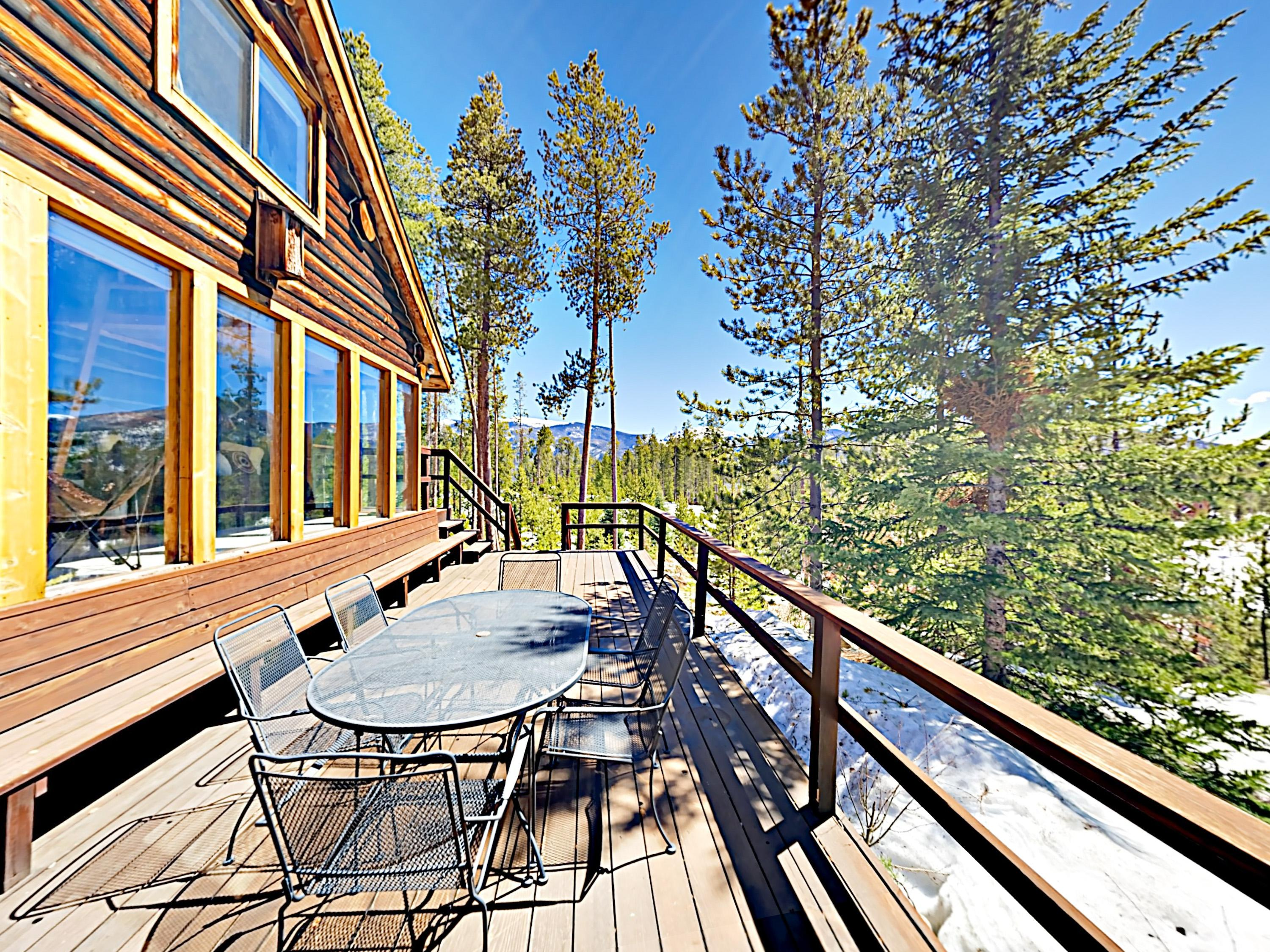 Welcome to Grand Lake! This cabin is professionally managed by TurnKey Vacation Rentals.