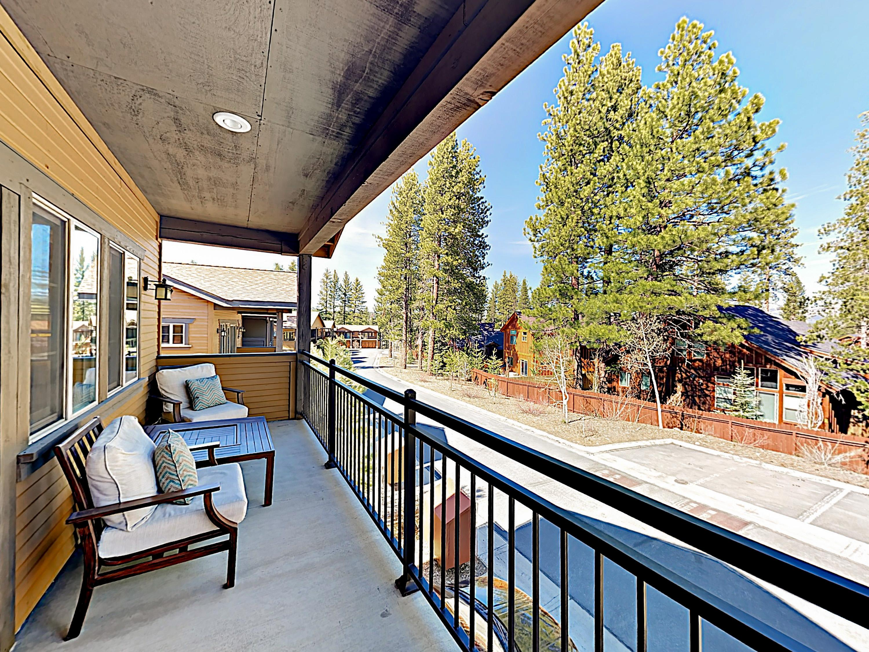 Property Image 2 - New Listing! Townhome Near Skiing, Golf & Downtown