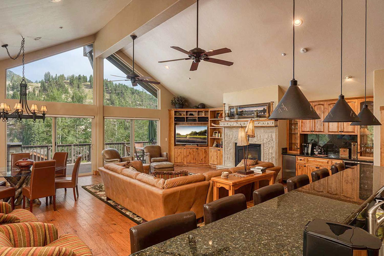 Property Image 1 - New Listing! Swiss Kiss Lodge w/ Mountain Views