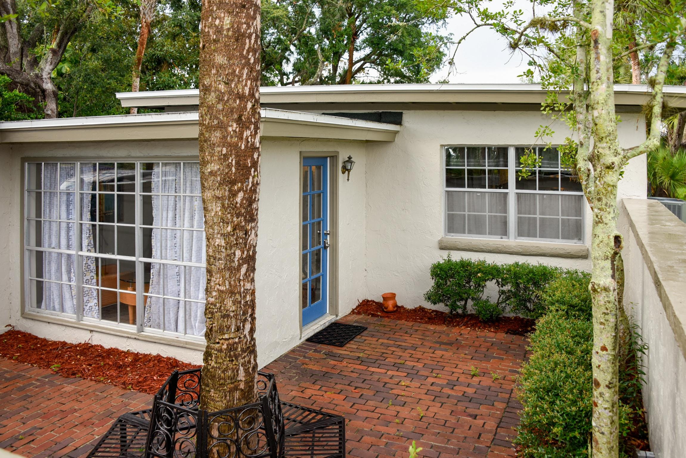 New Listing! Mid-Century Modern Gem, Walk Downtown