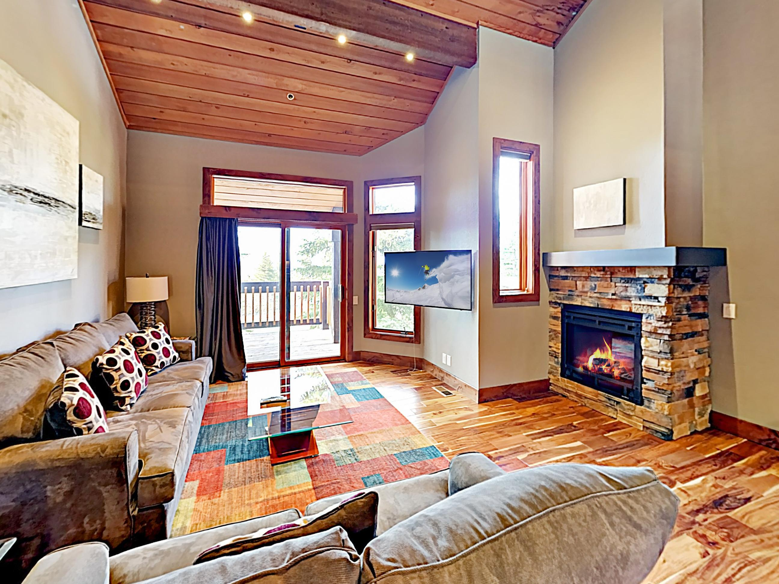 Welcome! This stunning mountain retreat is professionally managed by TurnKey Vacation Rentals.