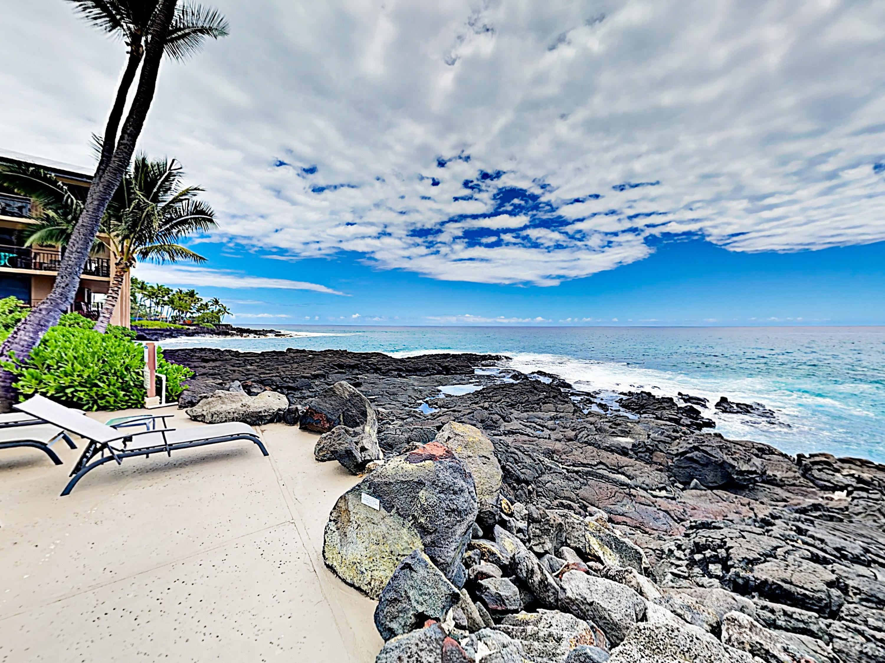 Oceanfront Gem with Private Lanai and Resort Amenities